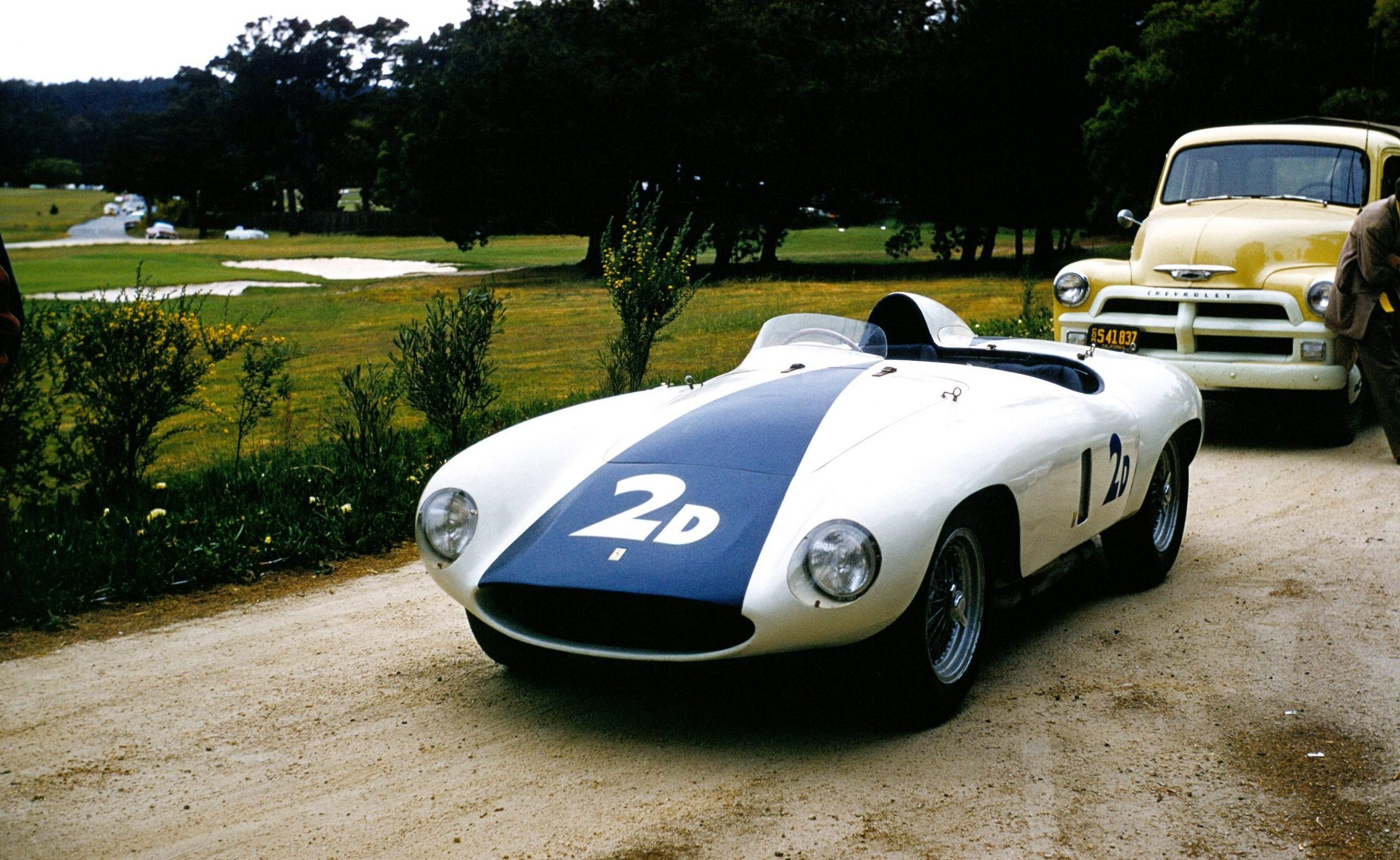 Phil Hill Ferrari 750 front three-quarter Monza Pebble Beach 1951