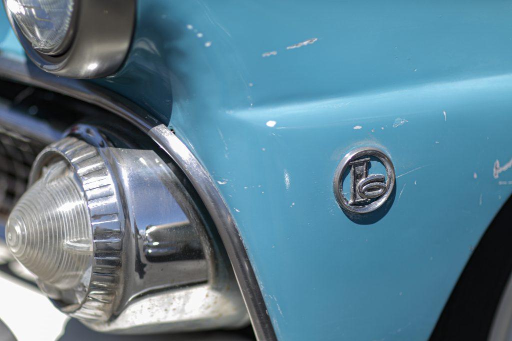 Ford I6 emblem