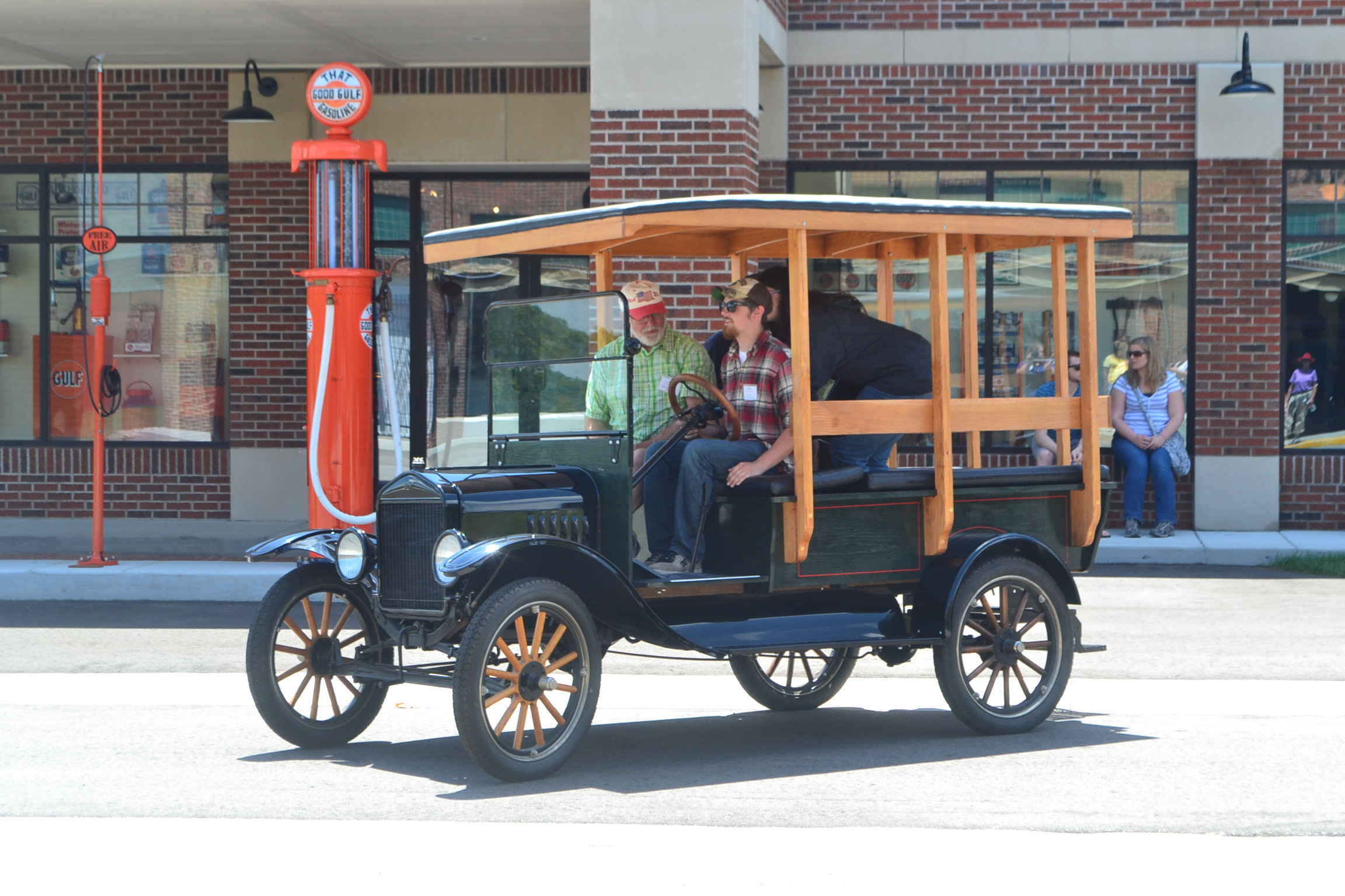 Ford Model T driving instruction
