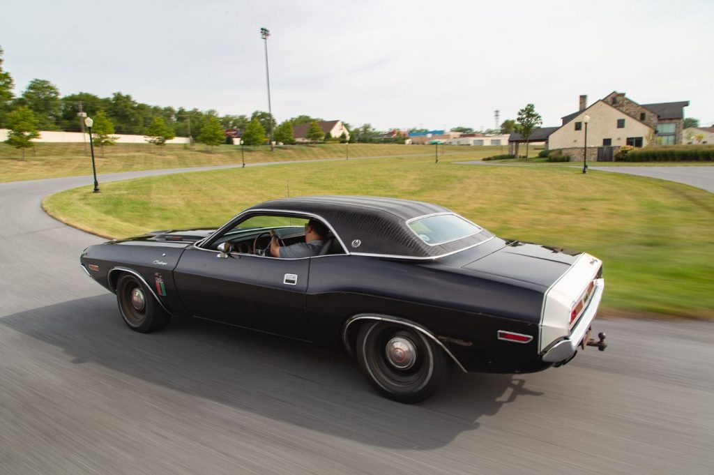HVA - 1970 Dodge Challenger - Driving Experience - Action 2
