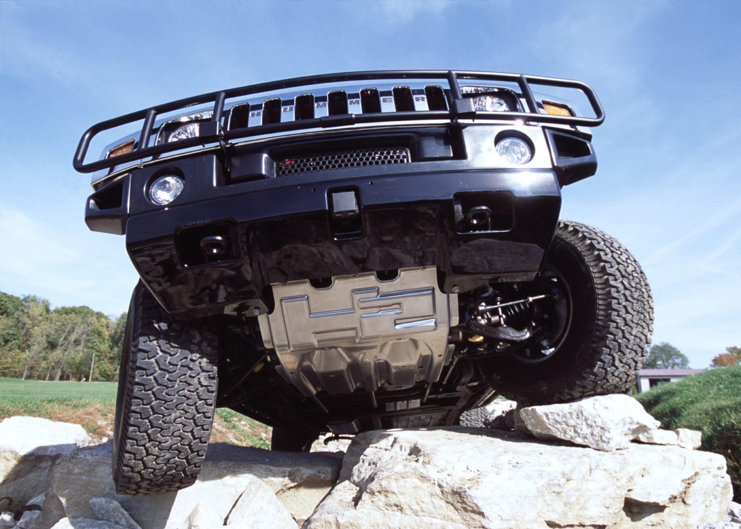 Hummer H2 front rock mount articulation