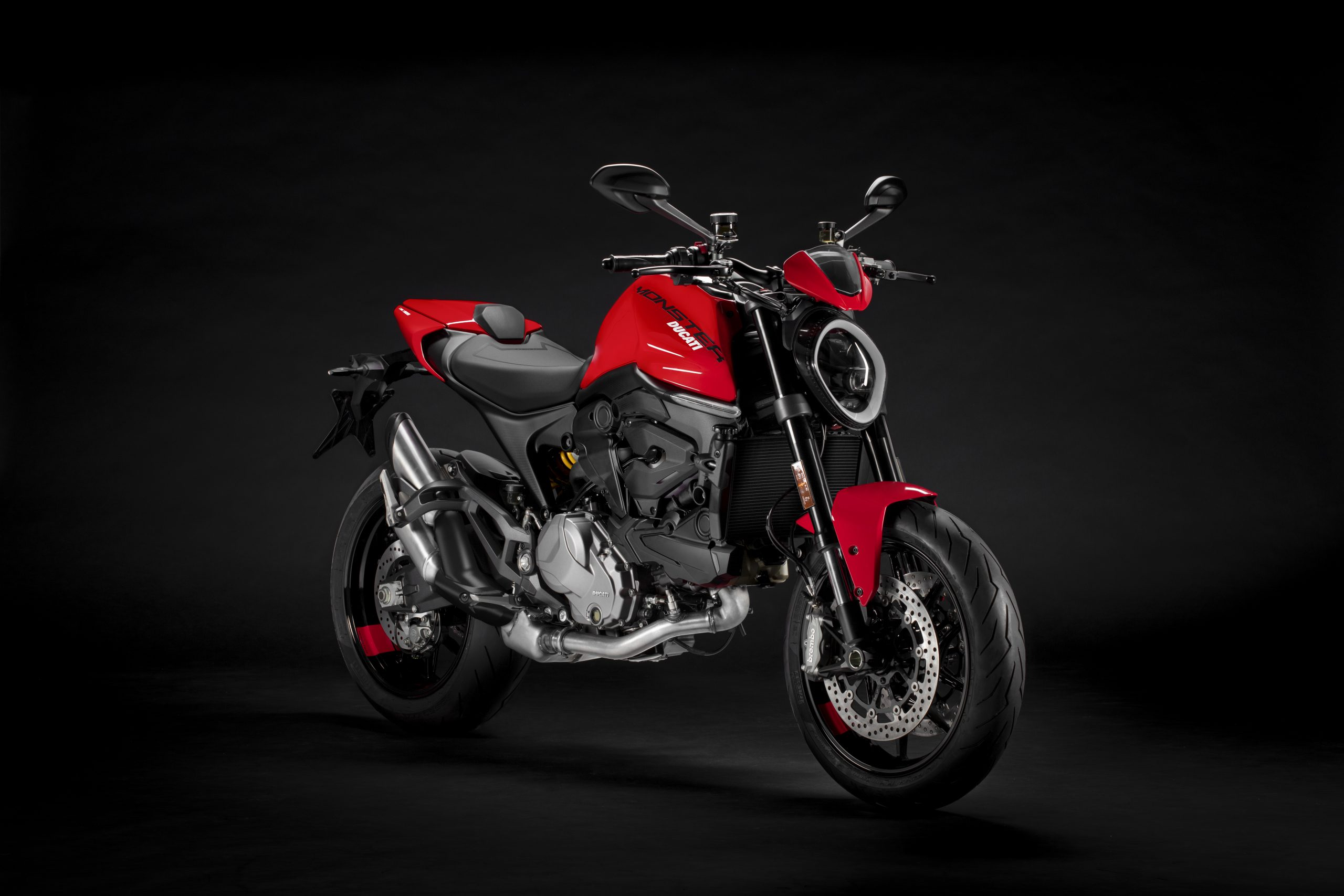 2021_DUCATI_MONSTER_PLUS_1__UC214632_High
