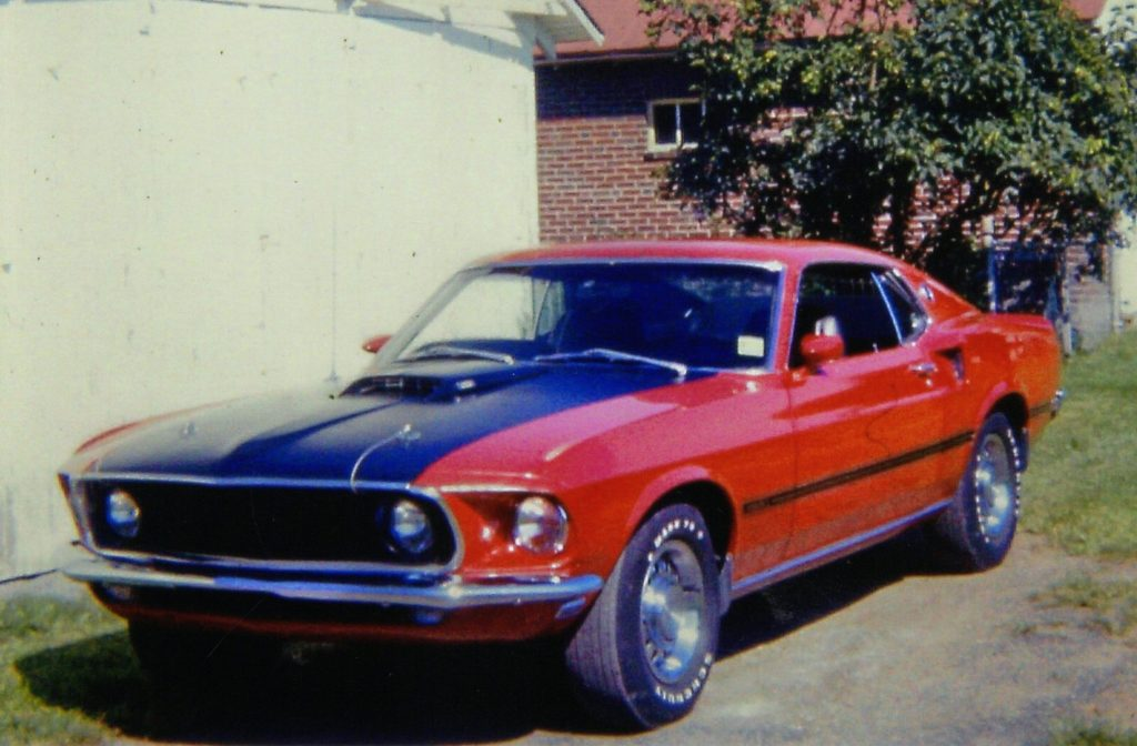 1969 Ford Mustang Mach 1 front three-quarter