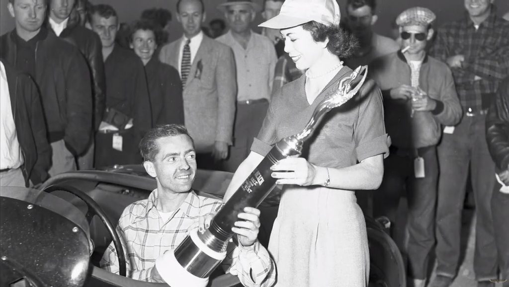Pebble Beach Road Races - Phil Hill takes 1950 trophy