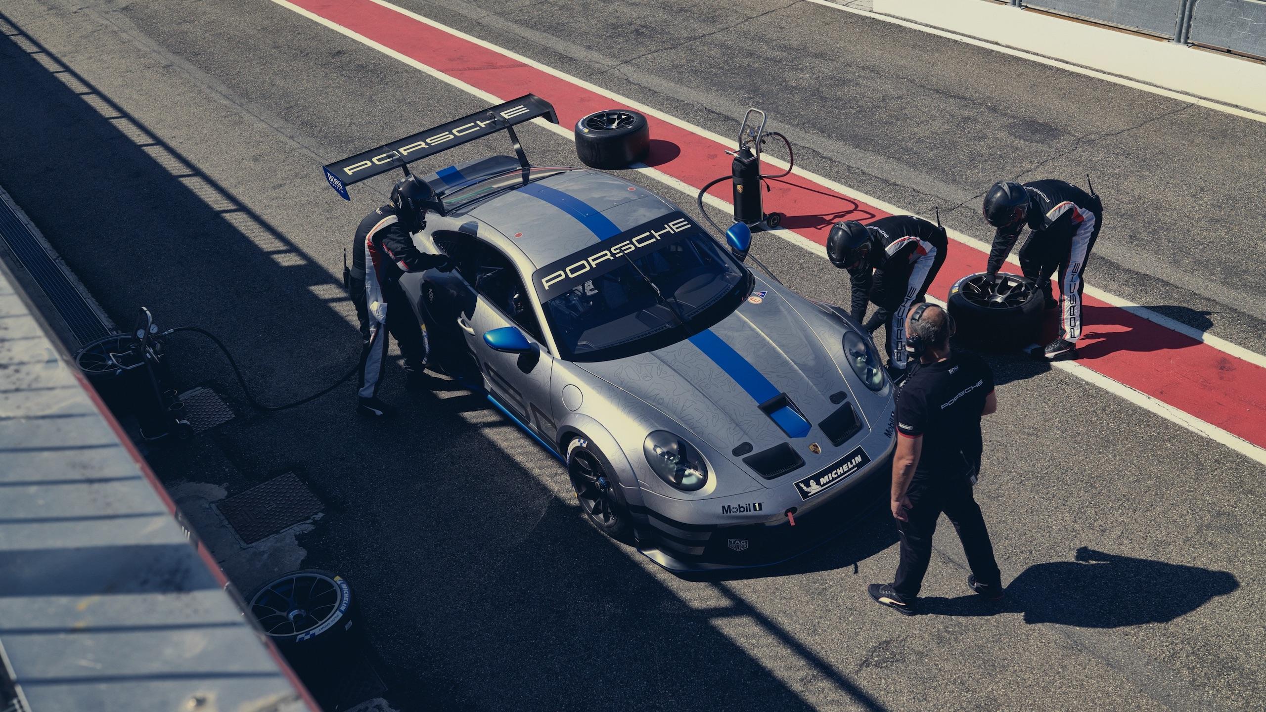 Porsche 911 GT3 overhead front three-quarter