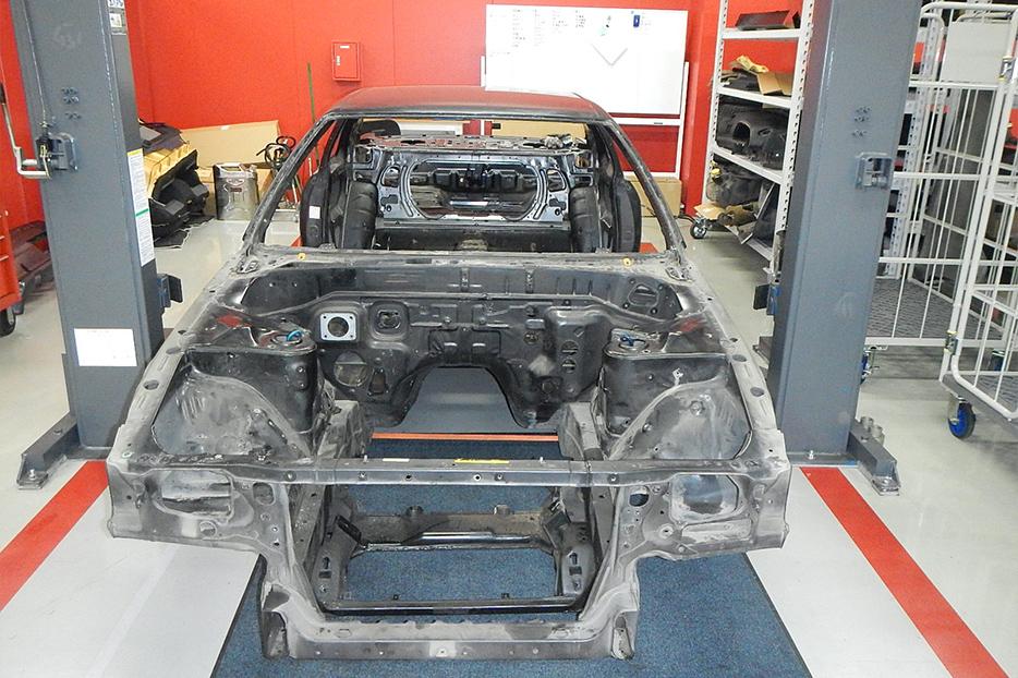 R32 GT-R stripped