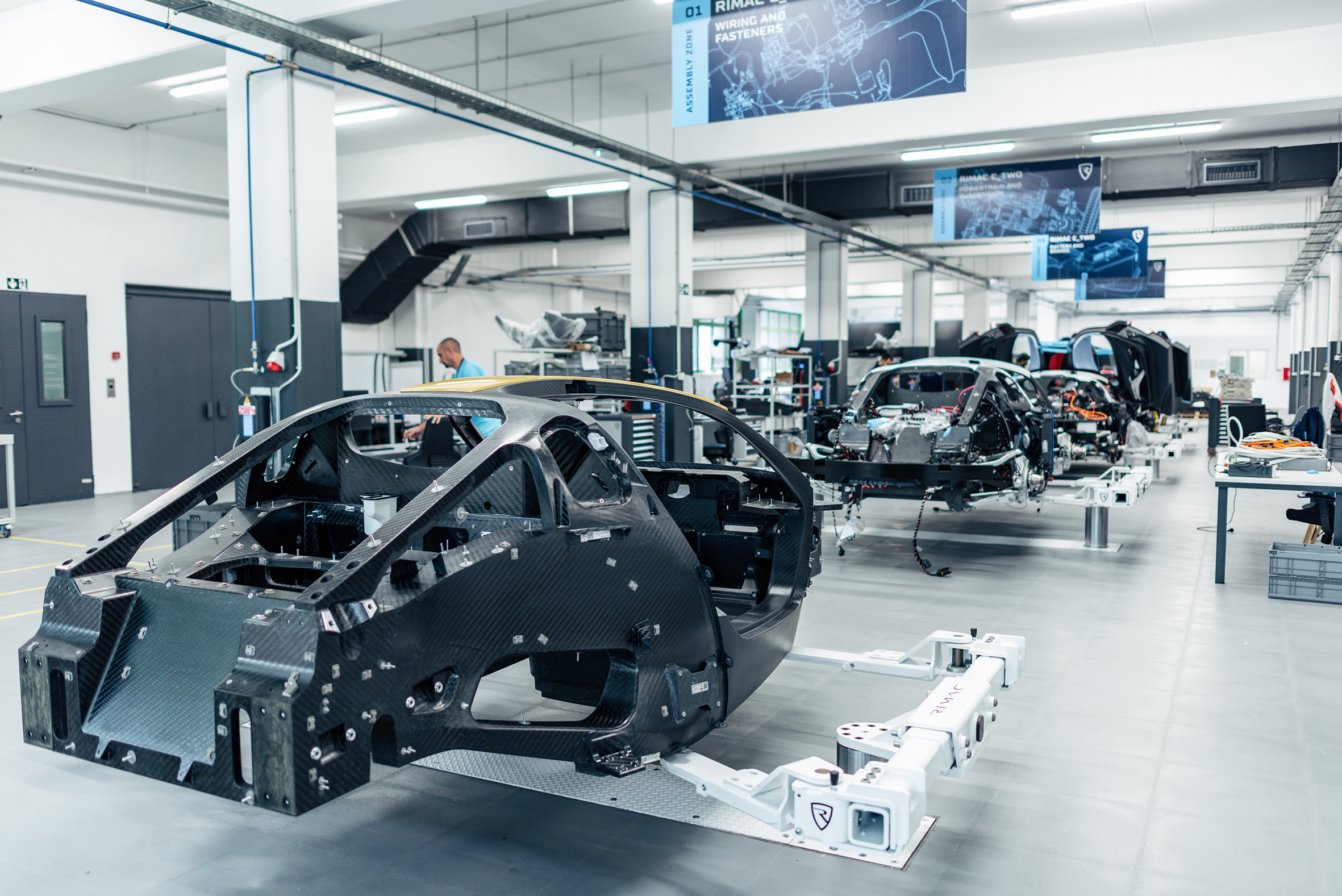 RRimac C_Two assembly line unibody