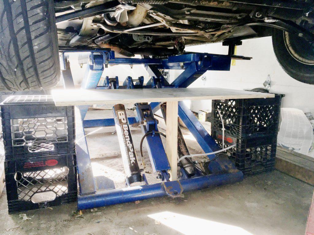 Rob Siegel - Removing a transmission on a mid-rise lift - IMG_5010_enhanced