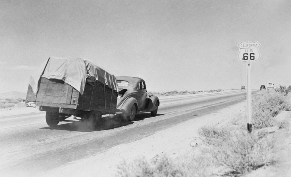 1941 car and trailer on route 66