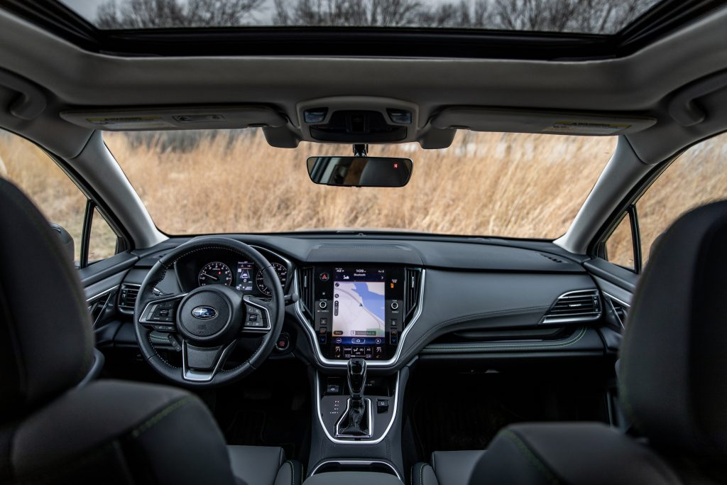 Subaru Outback interior front