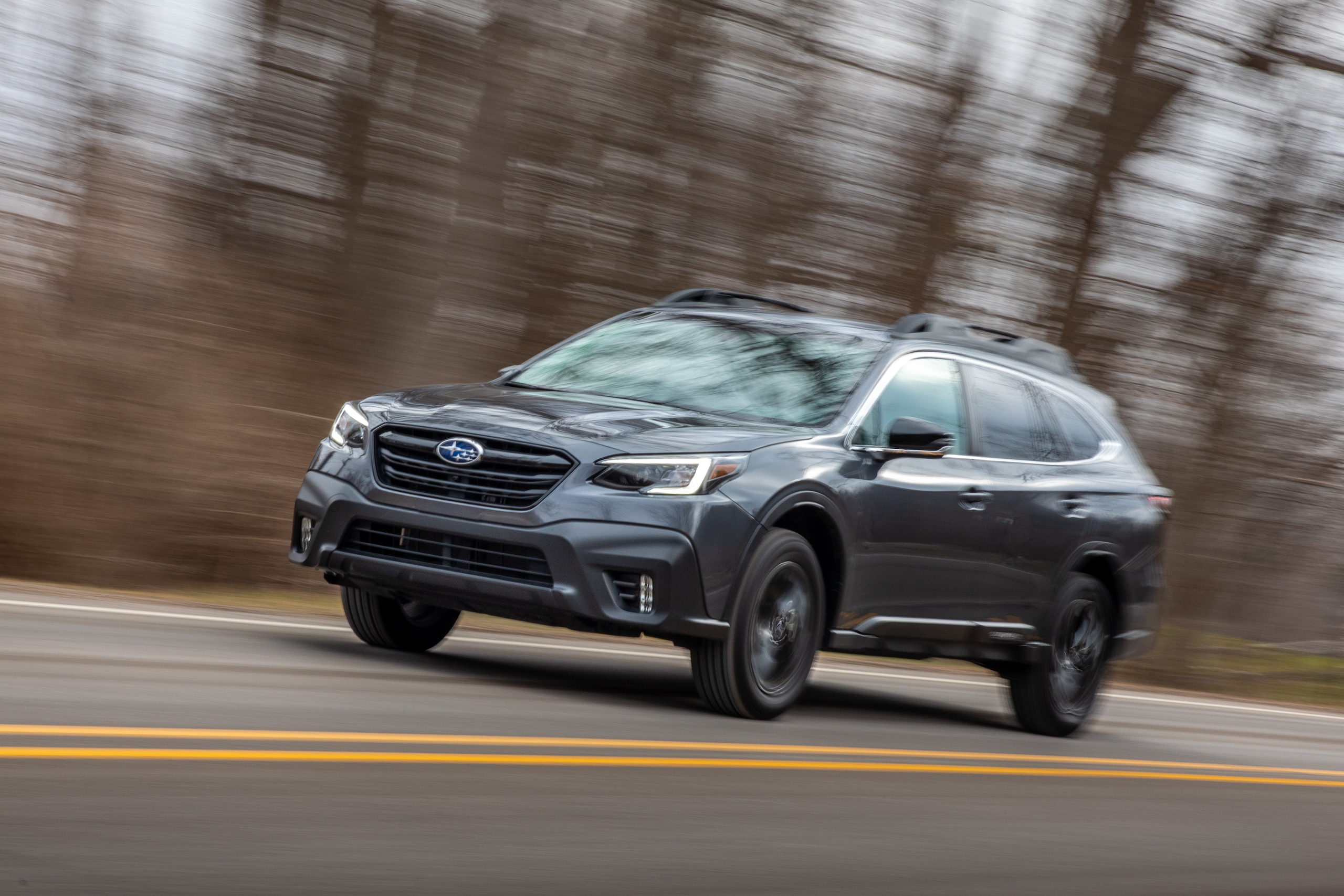 Subaru Outback front three-quarter dynamic action