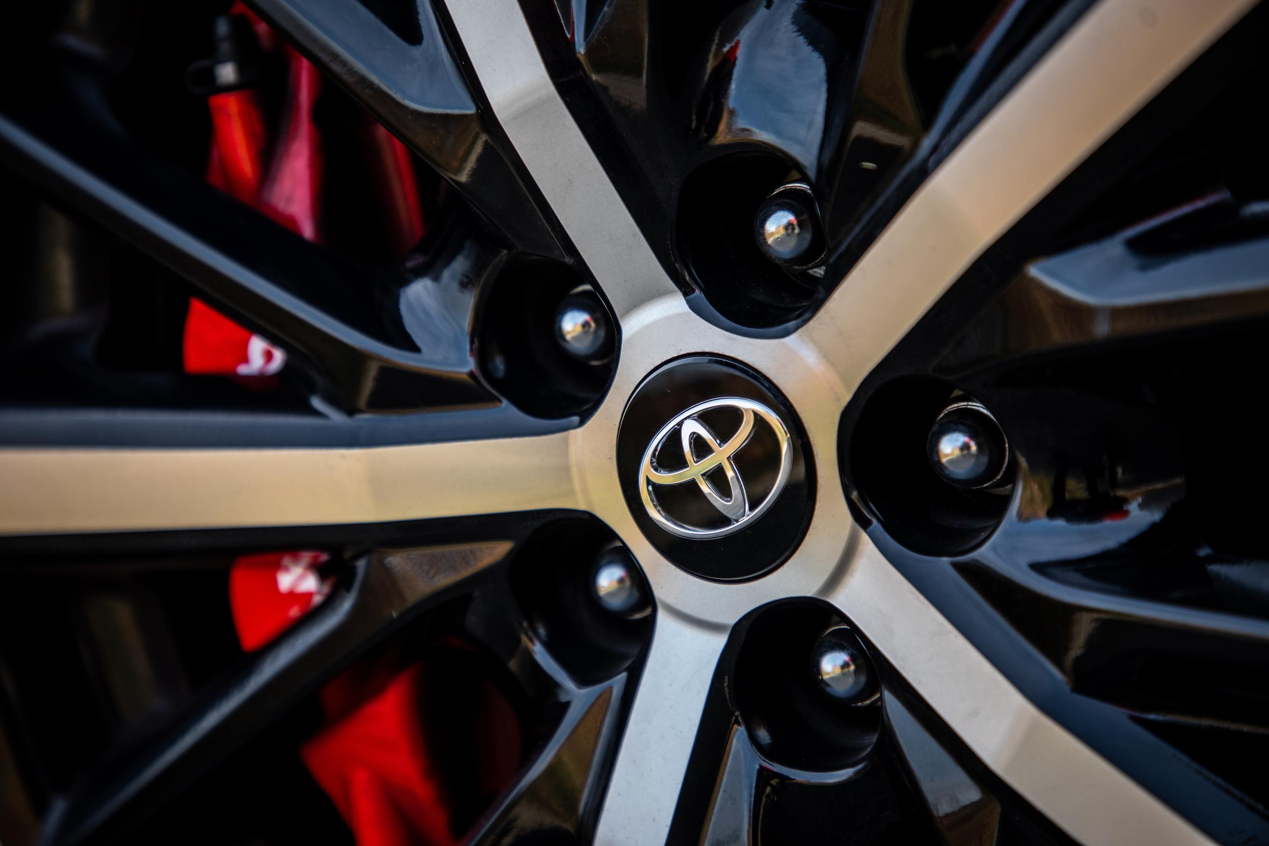 2020 Toyota 86 GT wheel detail close up