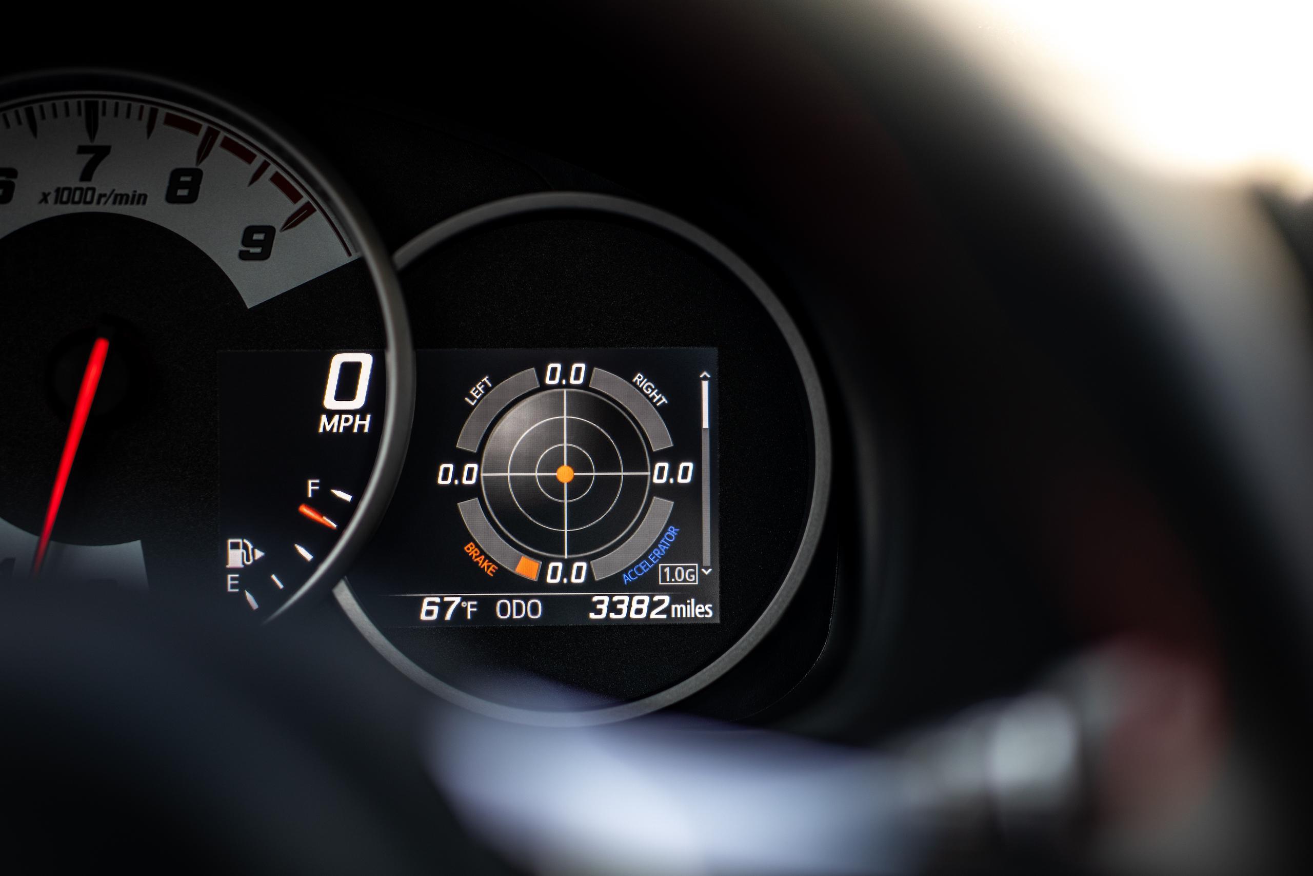 2020 Toyota 86 GT digital gauge detail