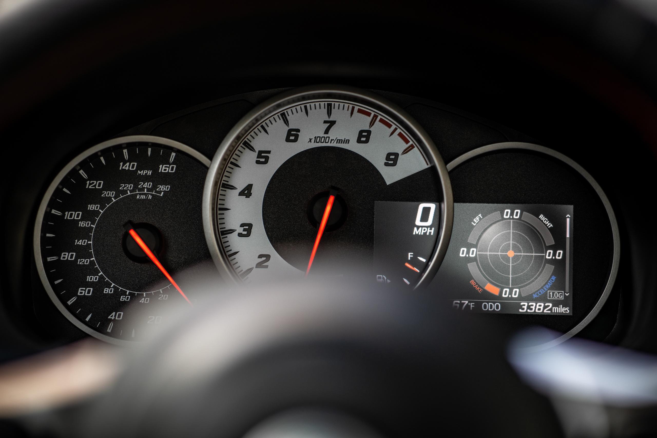 2020 Toyota 86 GT interior dash gauges