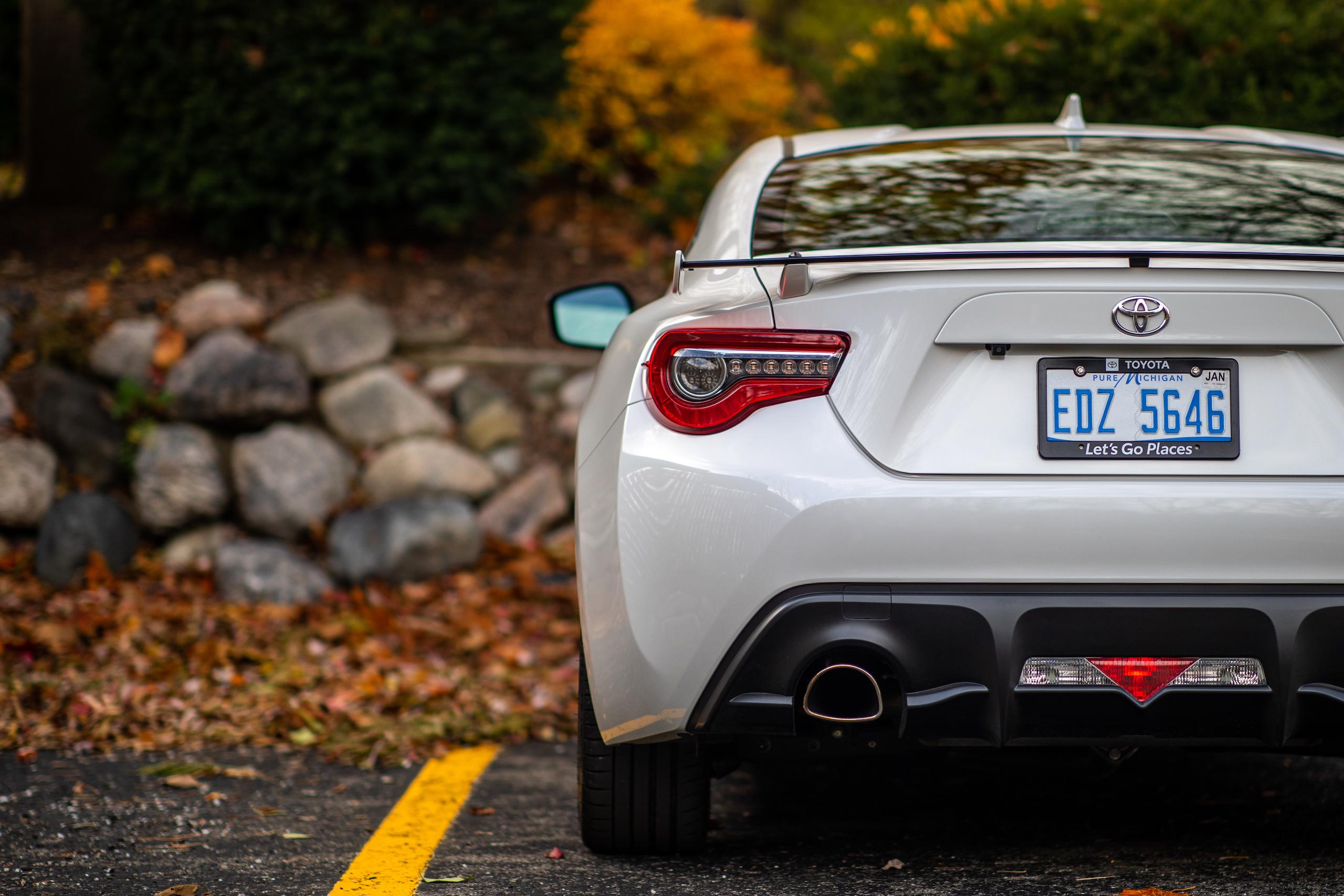 2020 Toyota 86 GT rear half