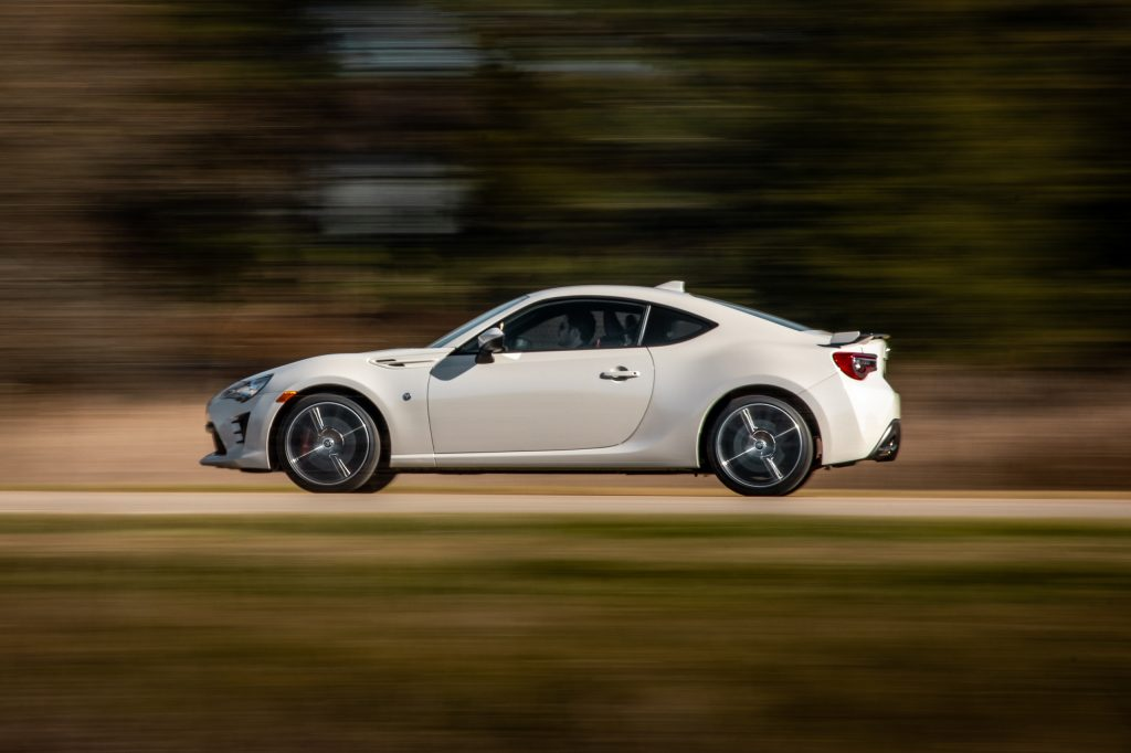 2020 Toyota 86 GT side profile dynamic action