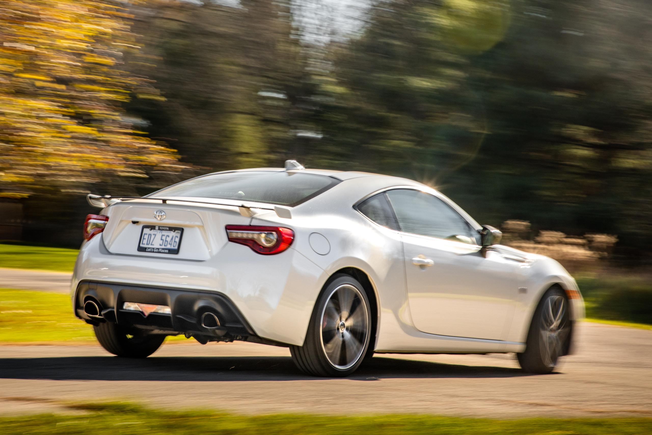 2020 Toyota 86 GT rear three-quarter dynamic action