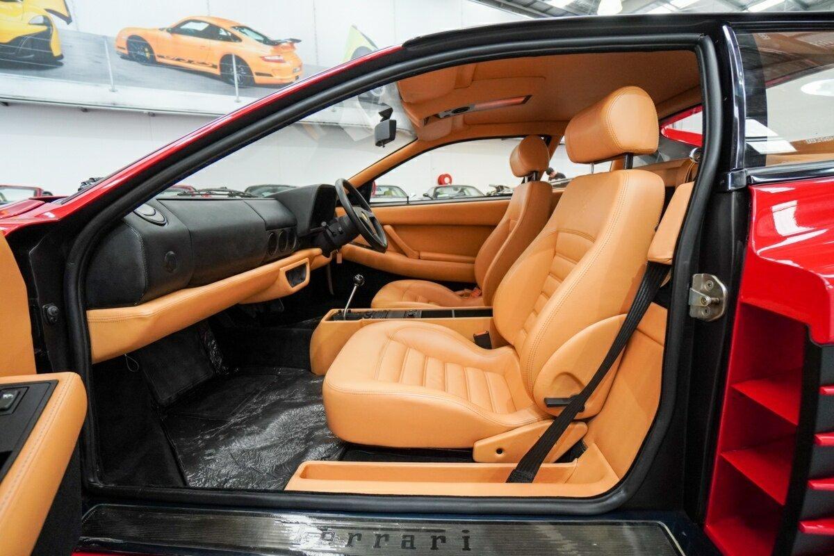 Ferrari 512TR interior