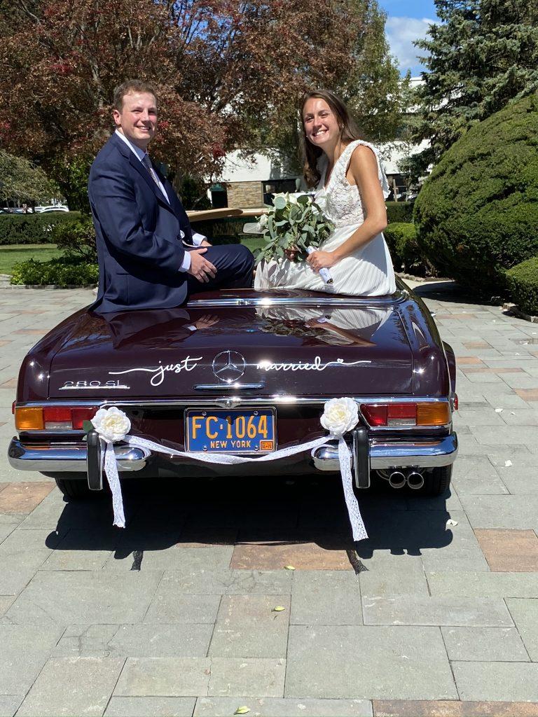 1971 Mercedes-Benz 280SL wedding couple