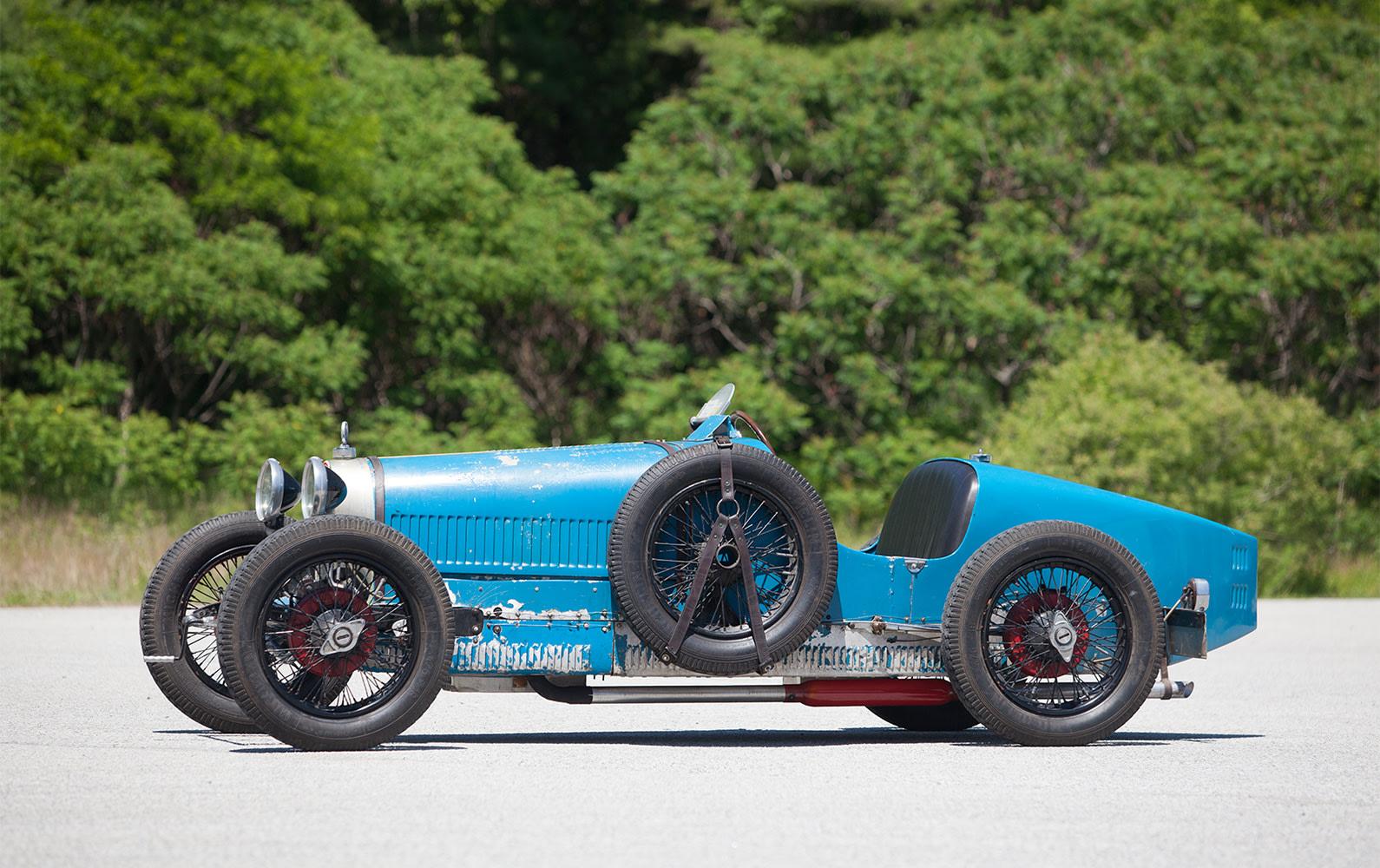 1926 Bugatti Type 37 Grand Prix side profile