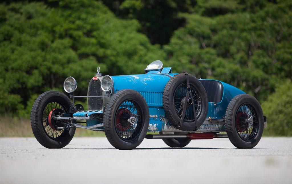 1926 Bugatti Type 37 Grand Prix front three-quarter