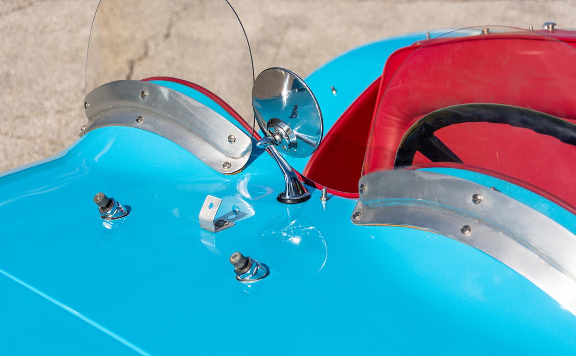 1952 Allard J2 Roadster center rear view mirror close