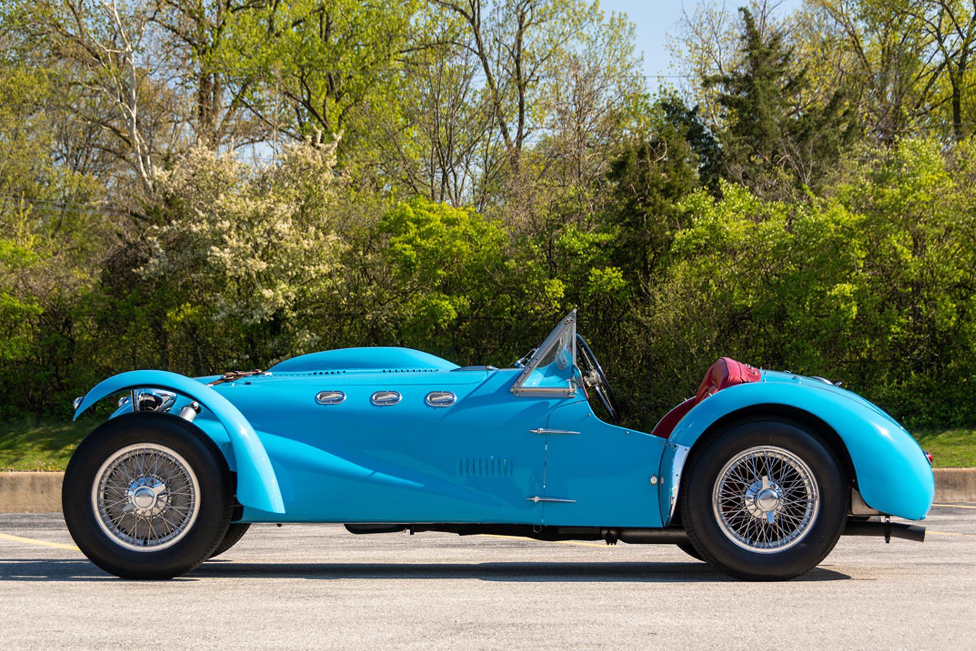 1952 Allard J2 Roadster side profile