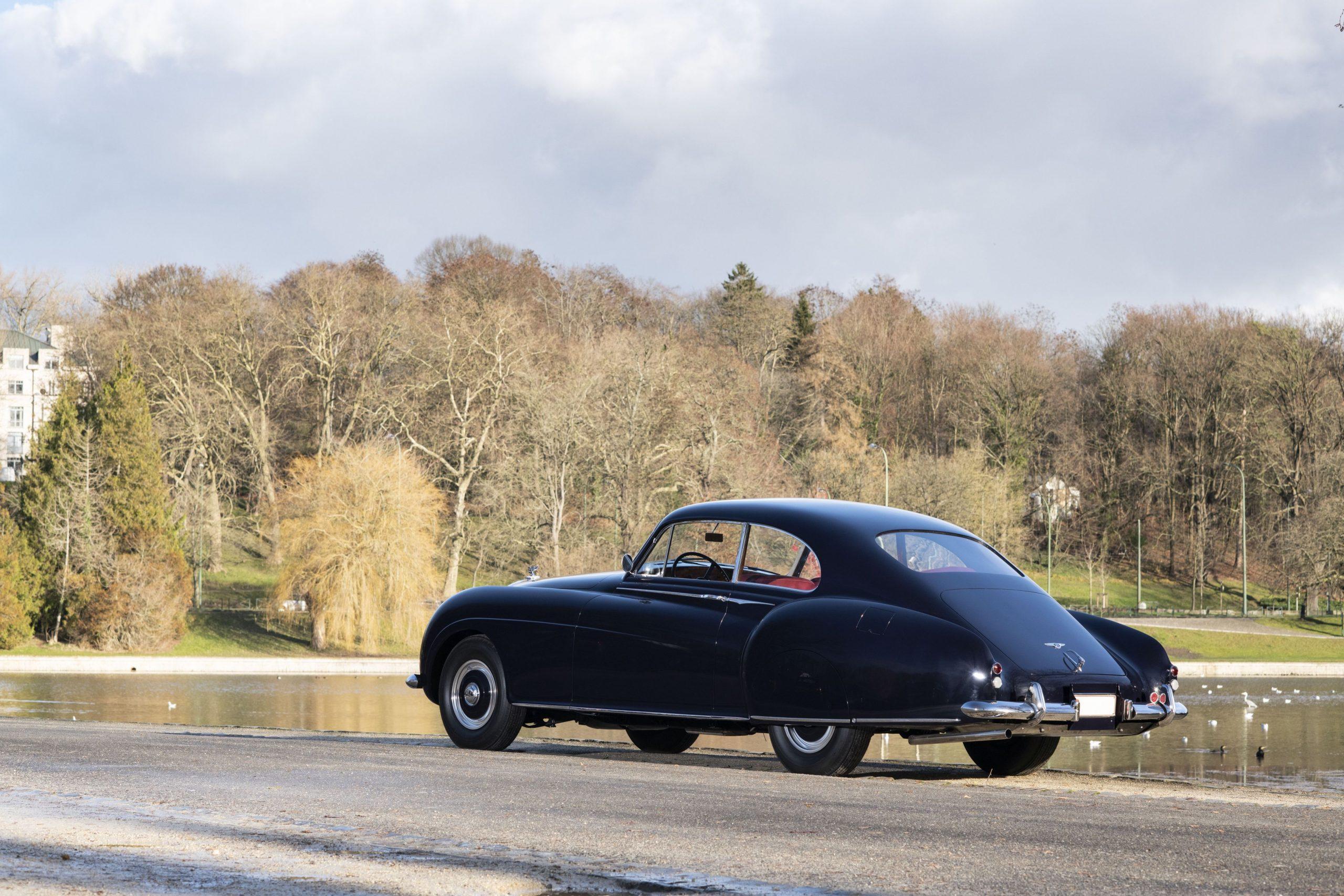 Bentley Continental R par HJ Mulliner rear three-quarter