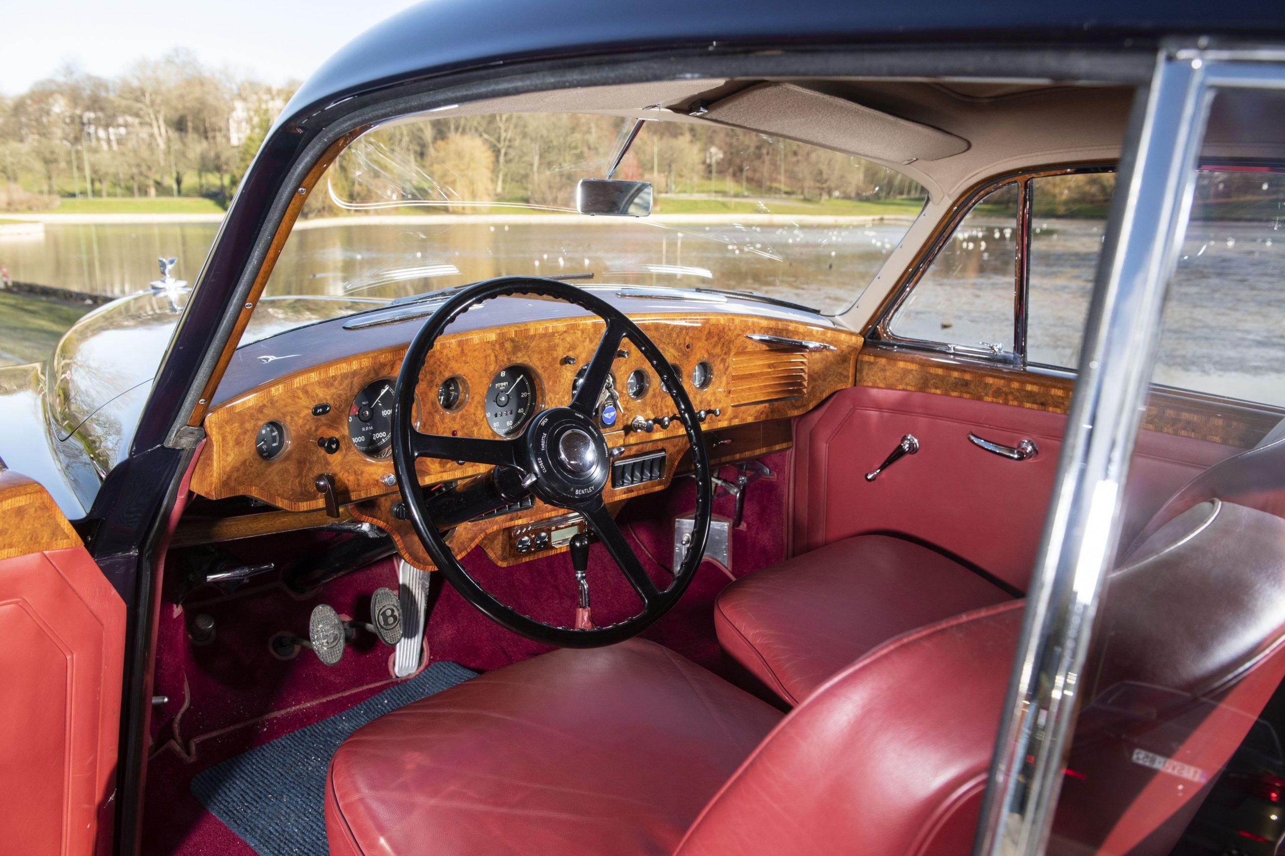 Bentley Continental R par HJ Mulliner interior