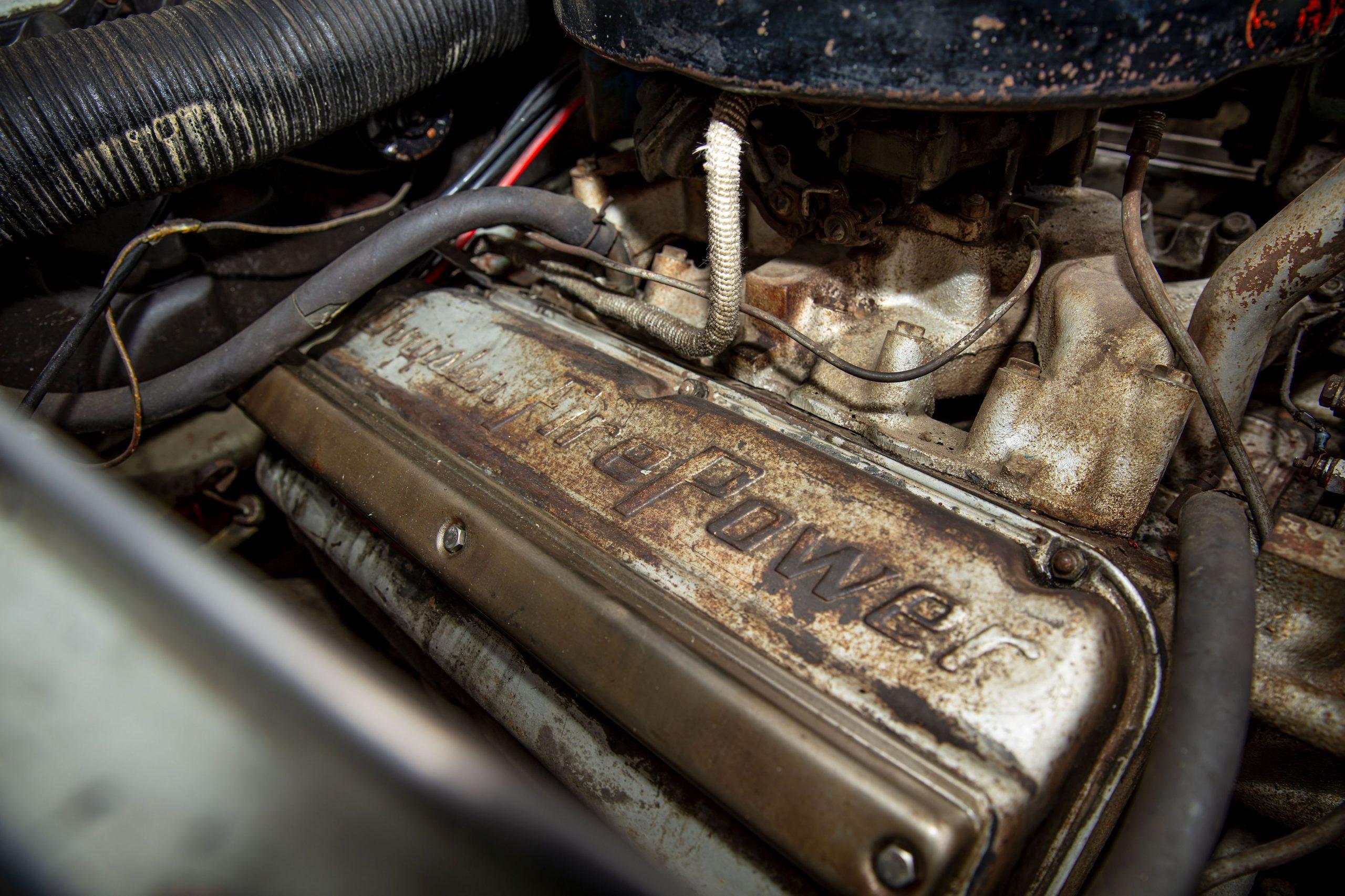 Chrysler ST Special coupe par Ghia engine