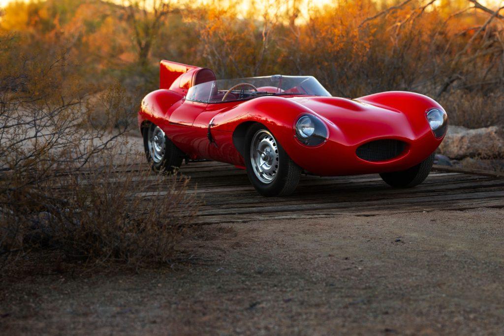 55 Jaguar-D-Type front three-quarter