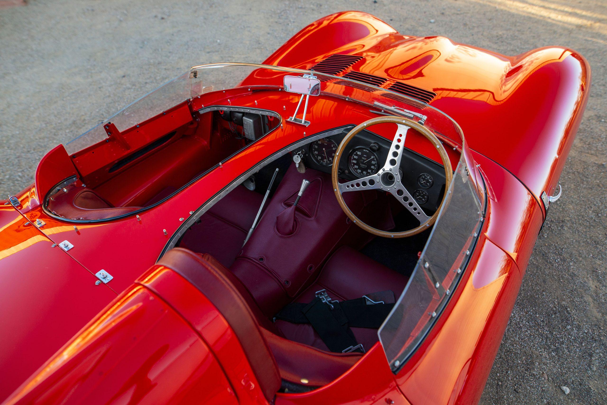 55 Jaguar-D-Type interior