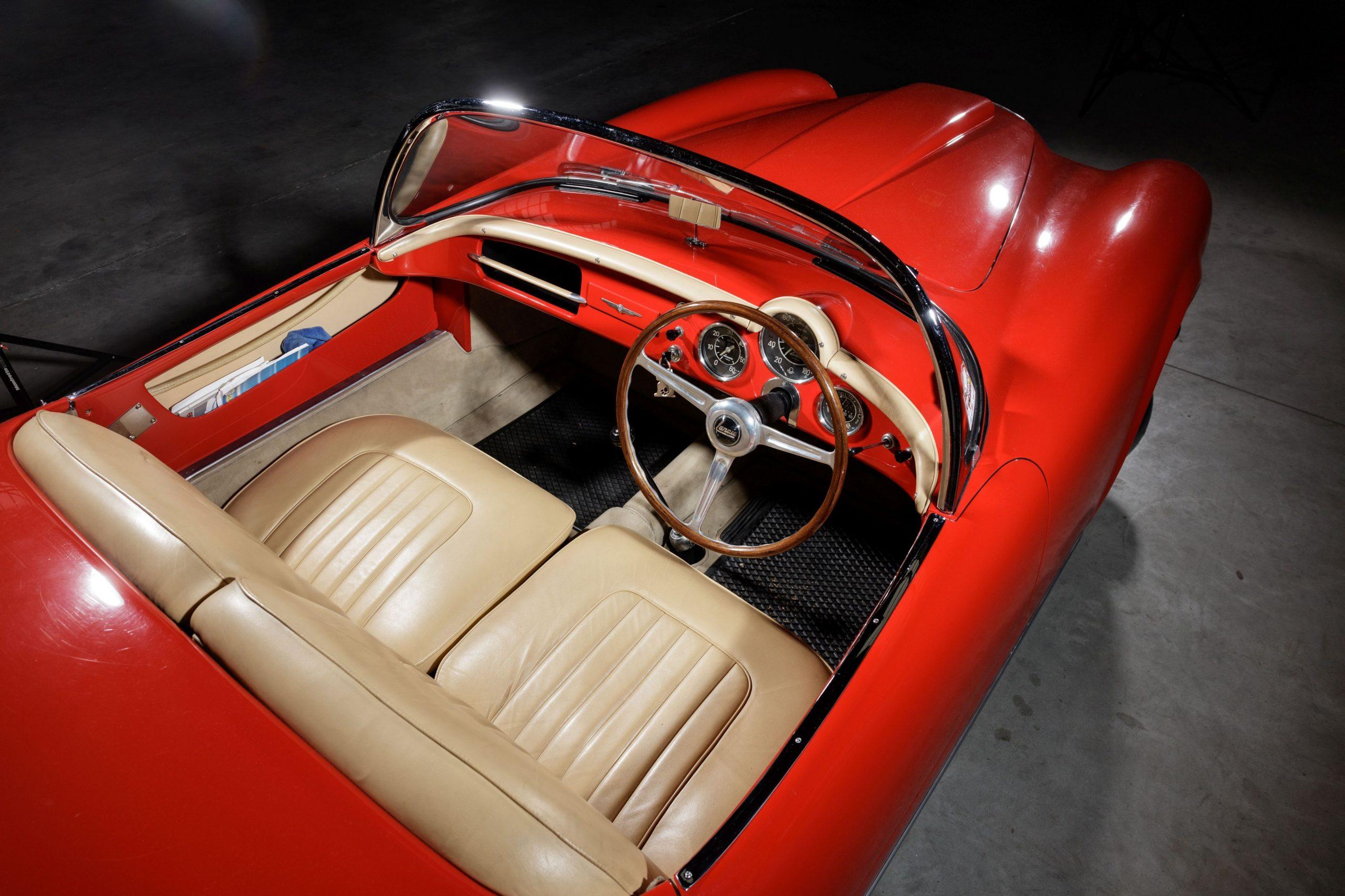 Lancia B24 Spyder America interior