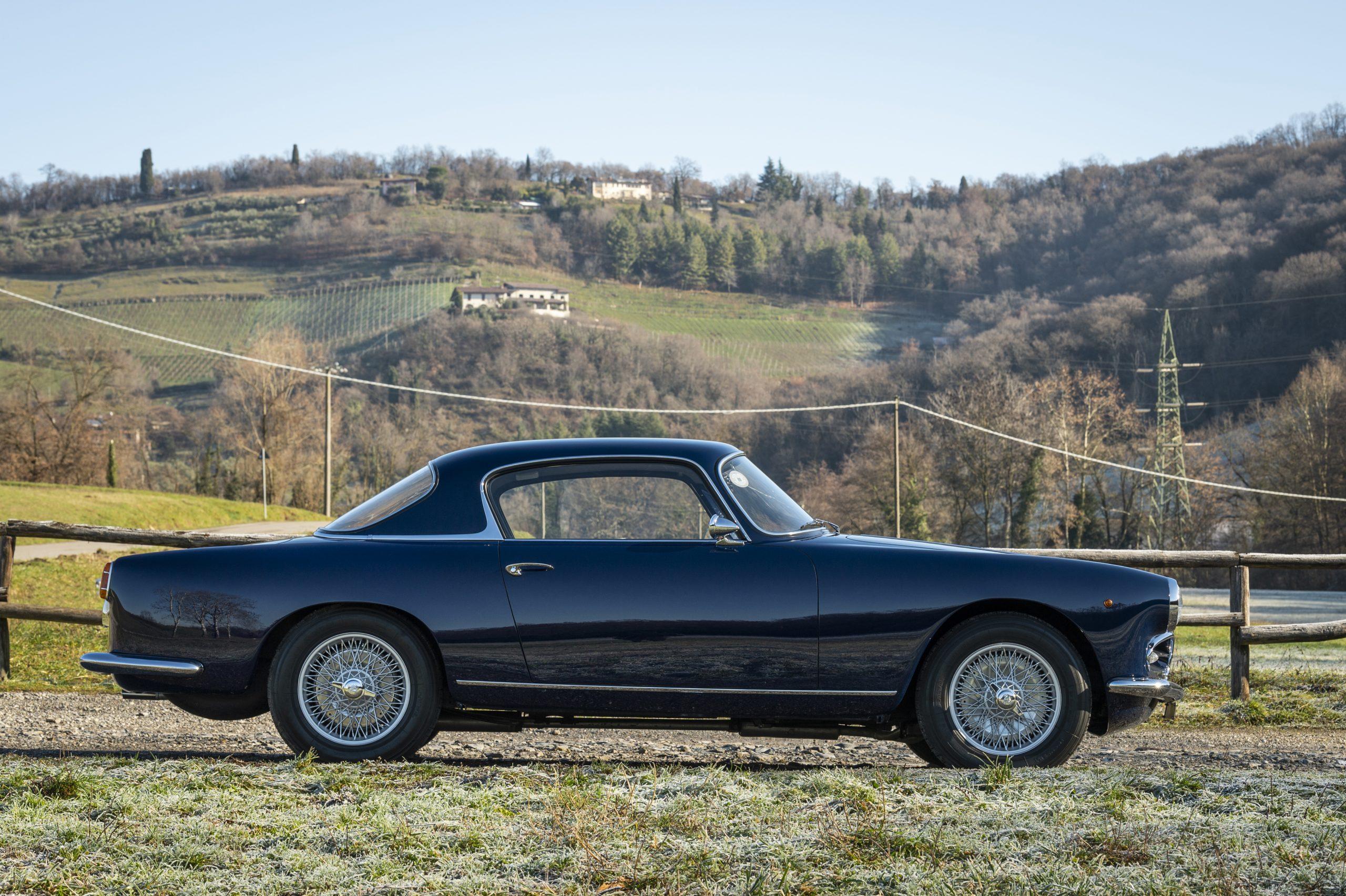 Alfa Romeo 1900C Super Sprint Coupe side profile
