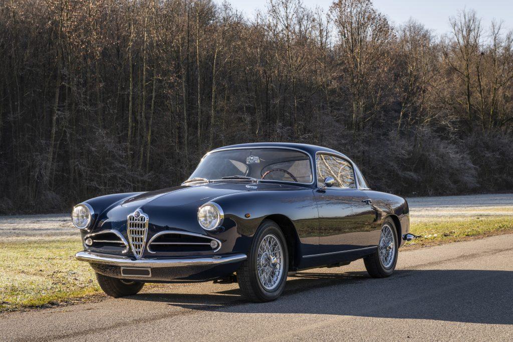 Alfa Romeo 1900C Super Sprint Coupe front three-quarter