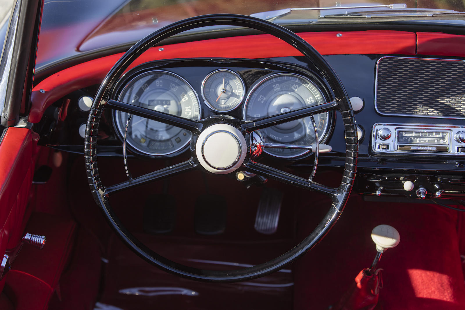 BMW 507 Series II Roadster interior steering wheel