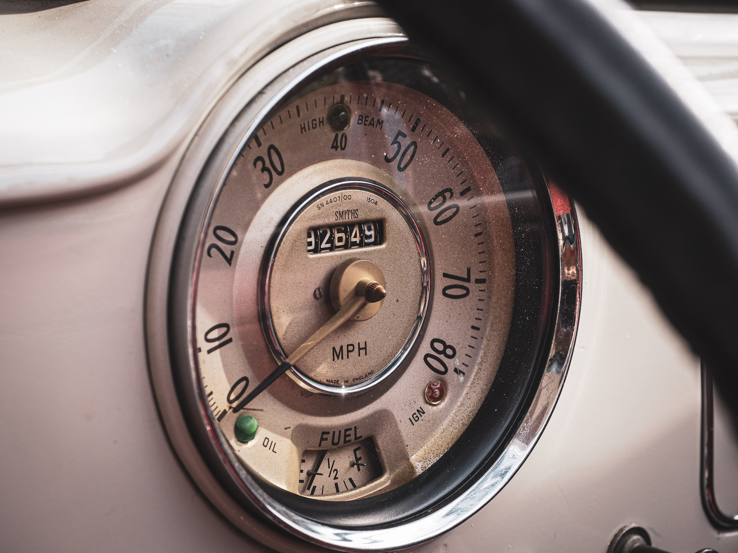 Morris Minor speedo gauge detail