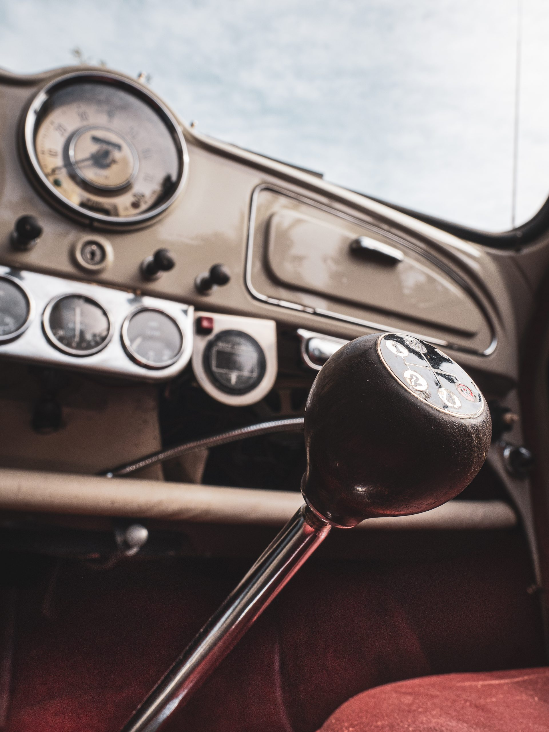 Morris Minor interior shifter detail