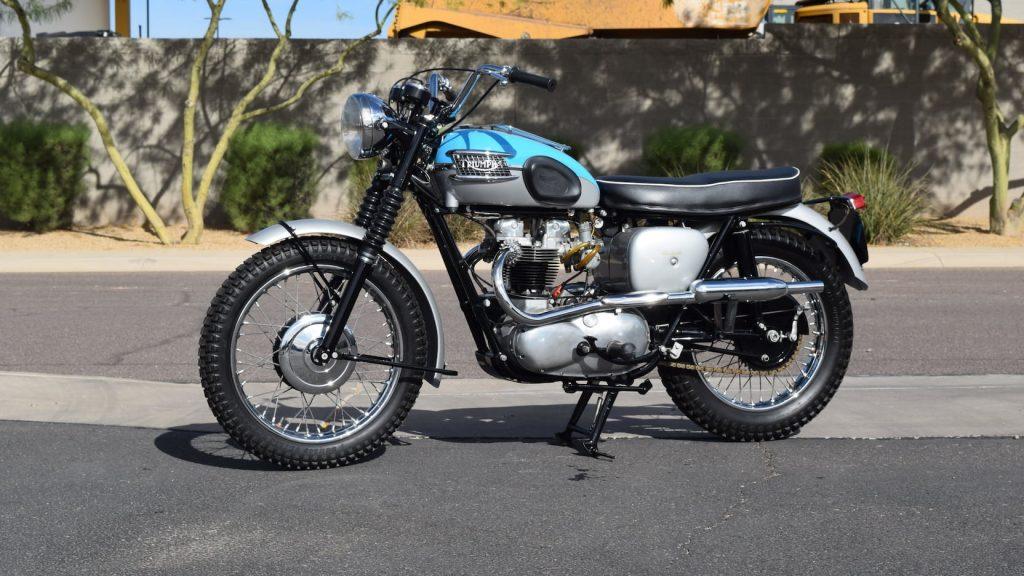 1961 Triumph T120C Bonneville