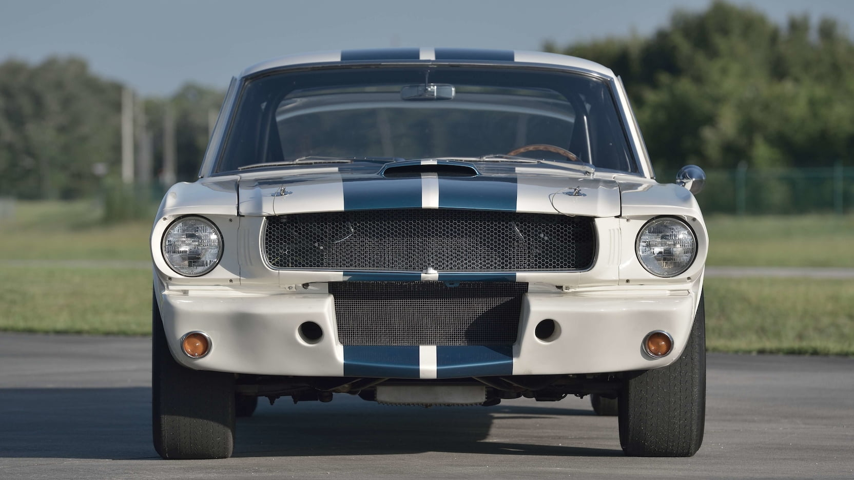 Shelby GT350R Fastback front