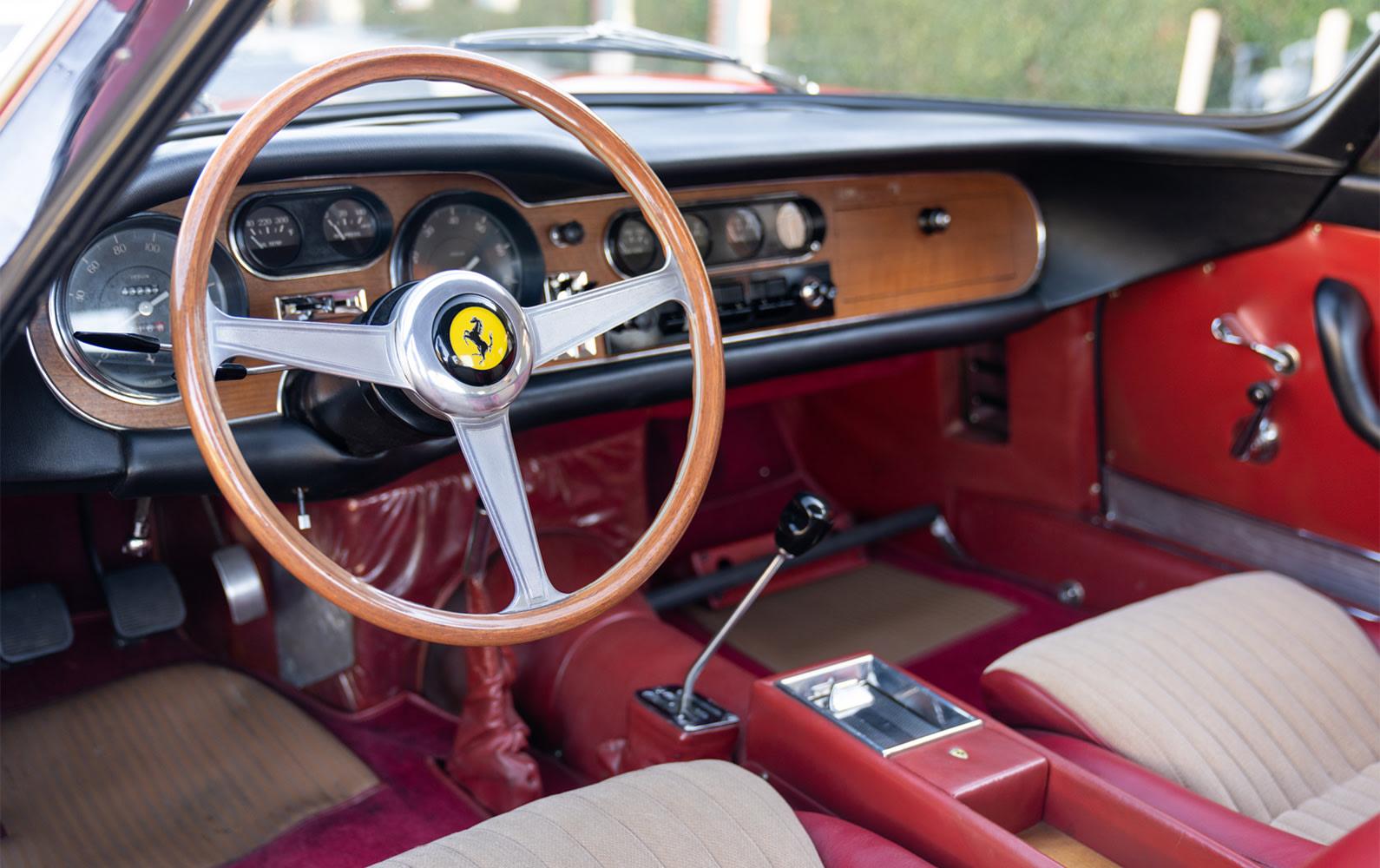 Ferrari 275 GTB Long Nose interior