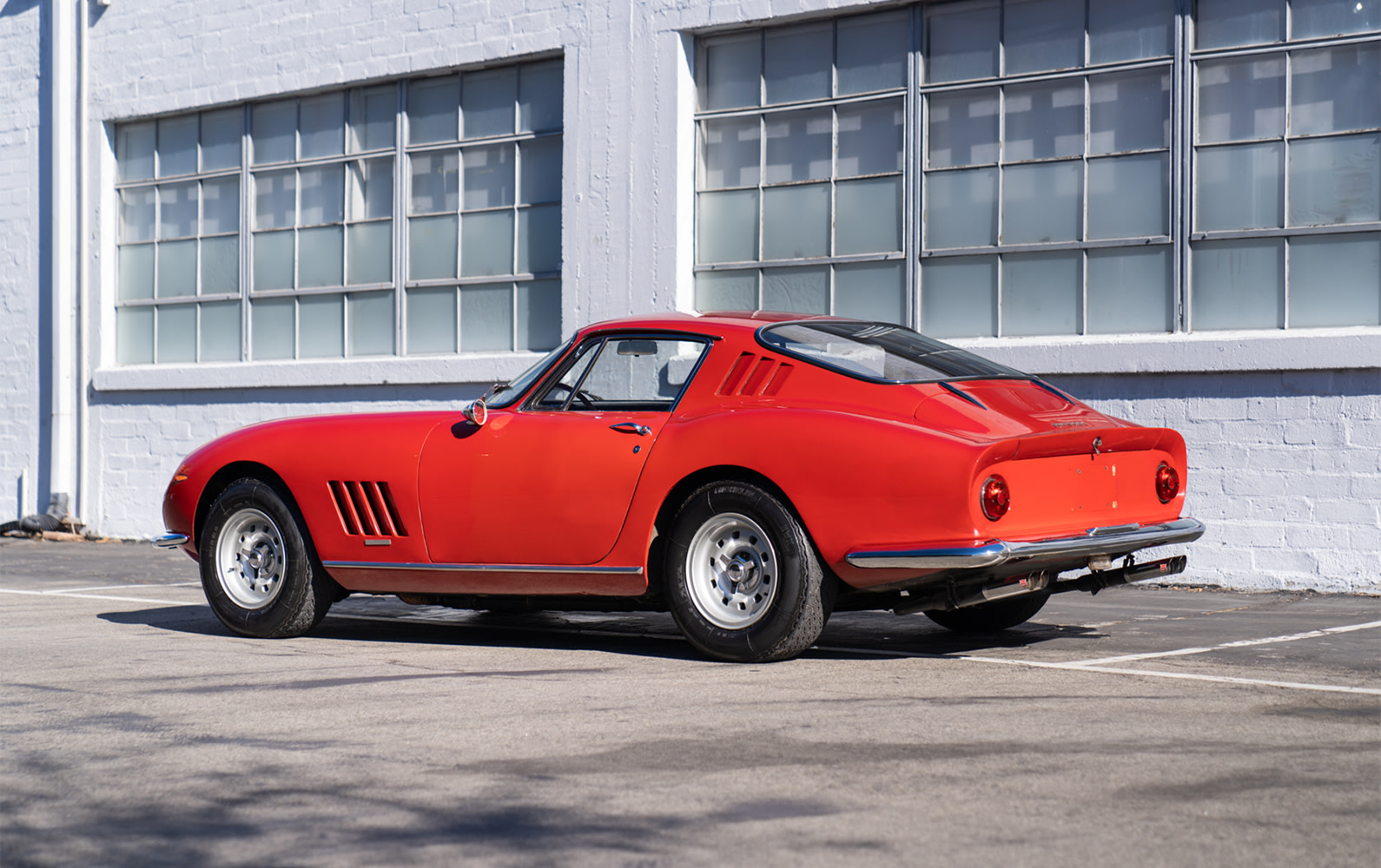 Ferrari 275 GTB Long Nose rear three-quarter