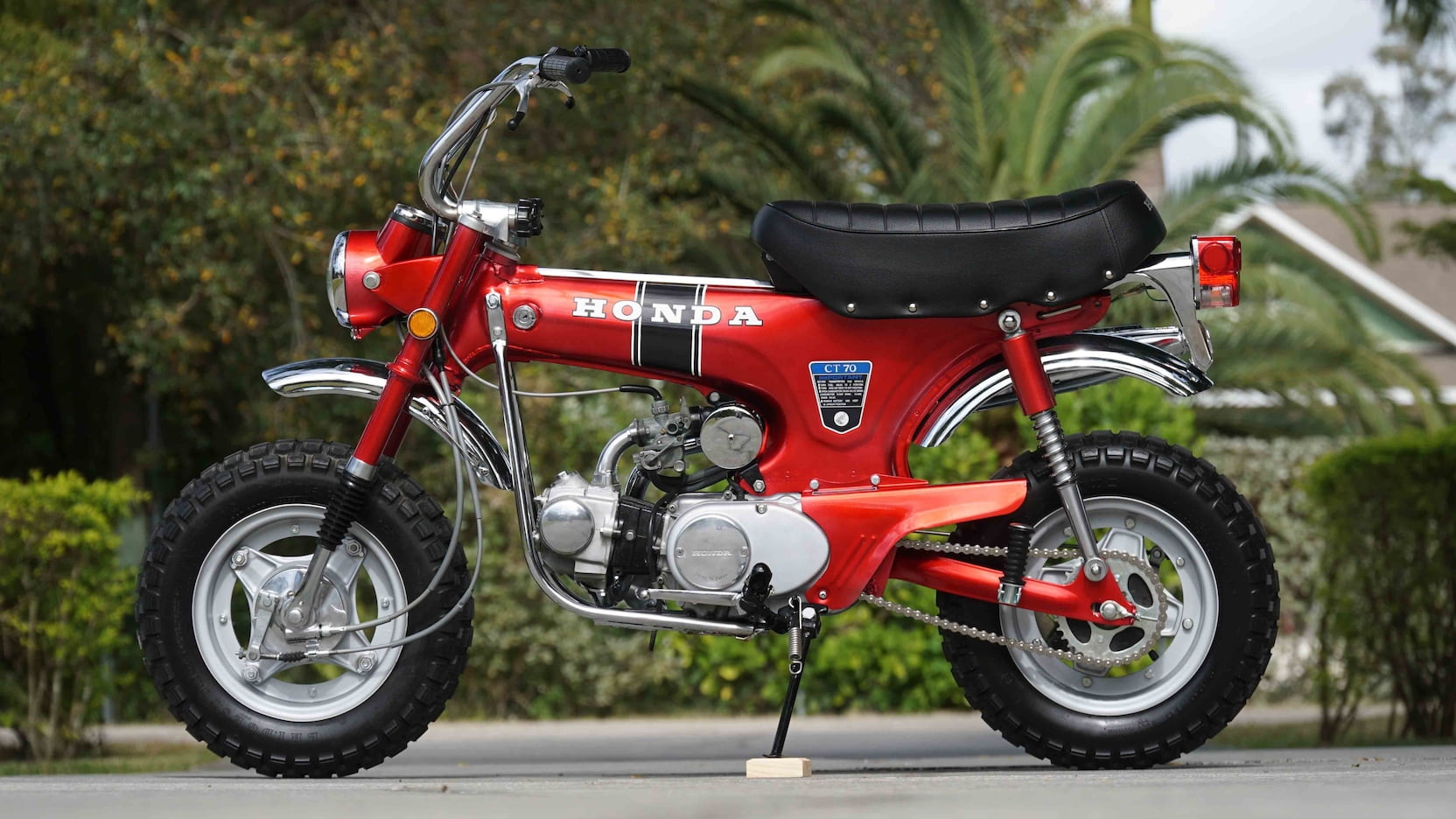 1970 Honda CT70 side profile