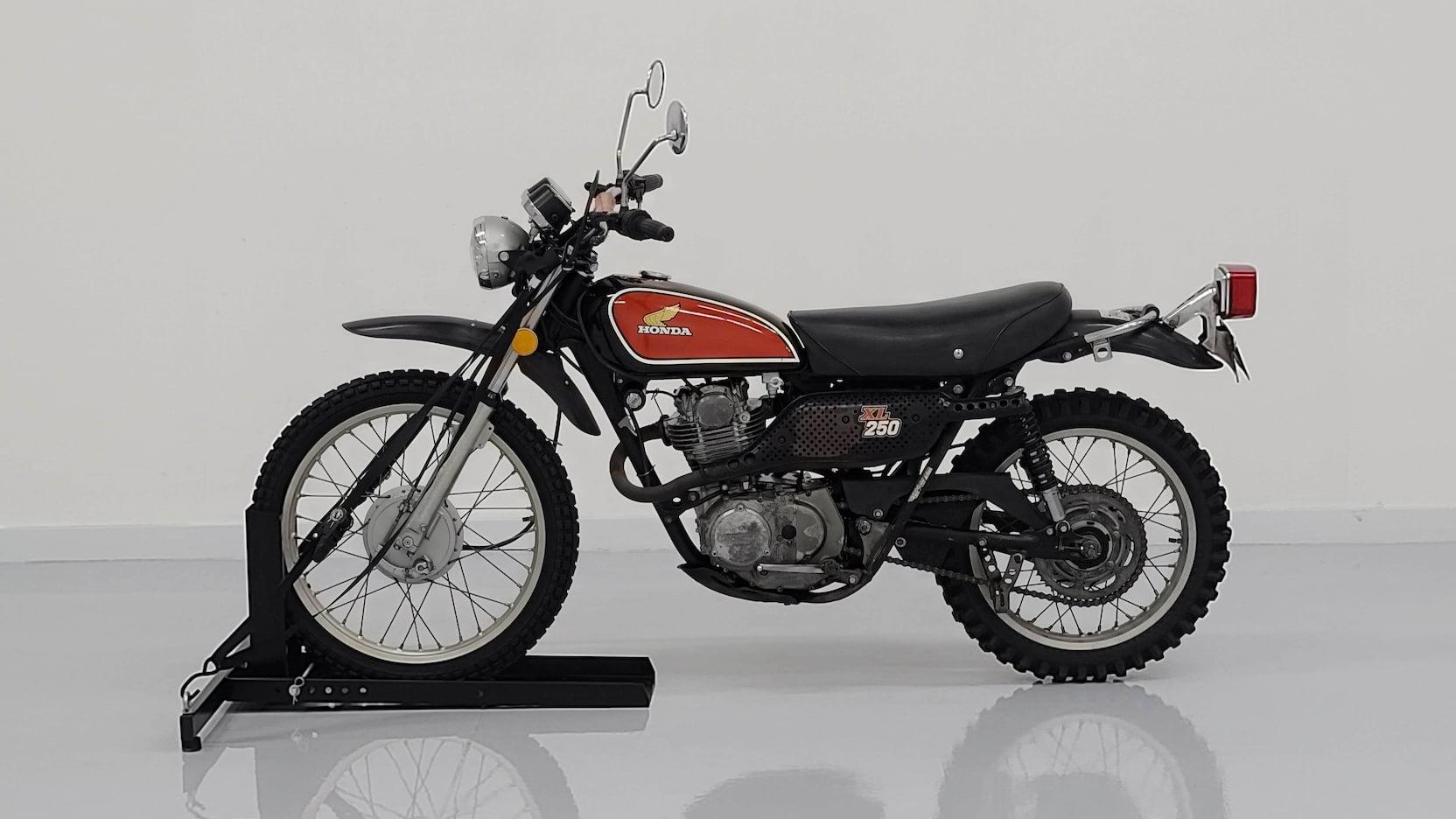 1975 Honda Dual Sport XL250 side profile