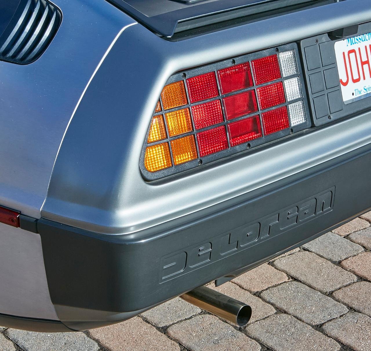 1981 DeLorean DMC-12 5-Speed taillight detail close