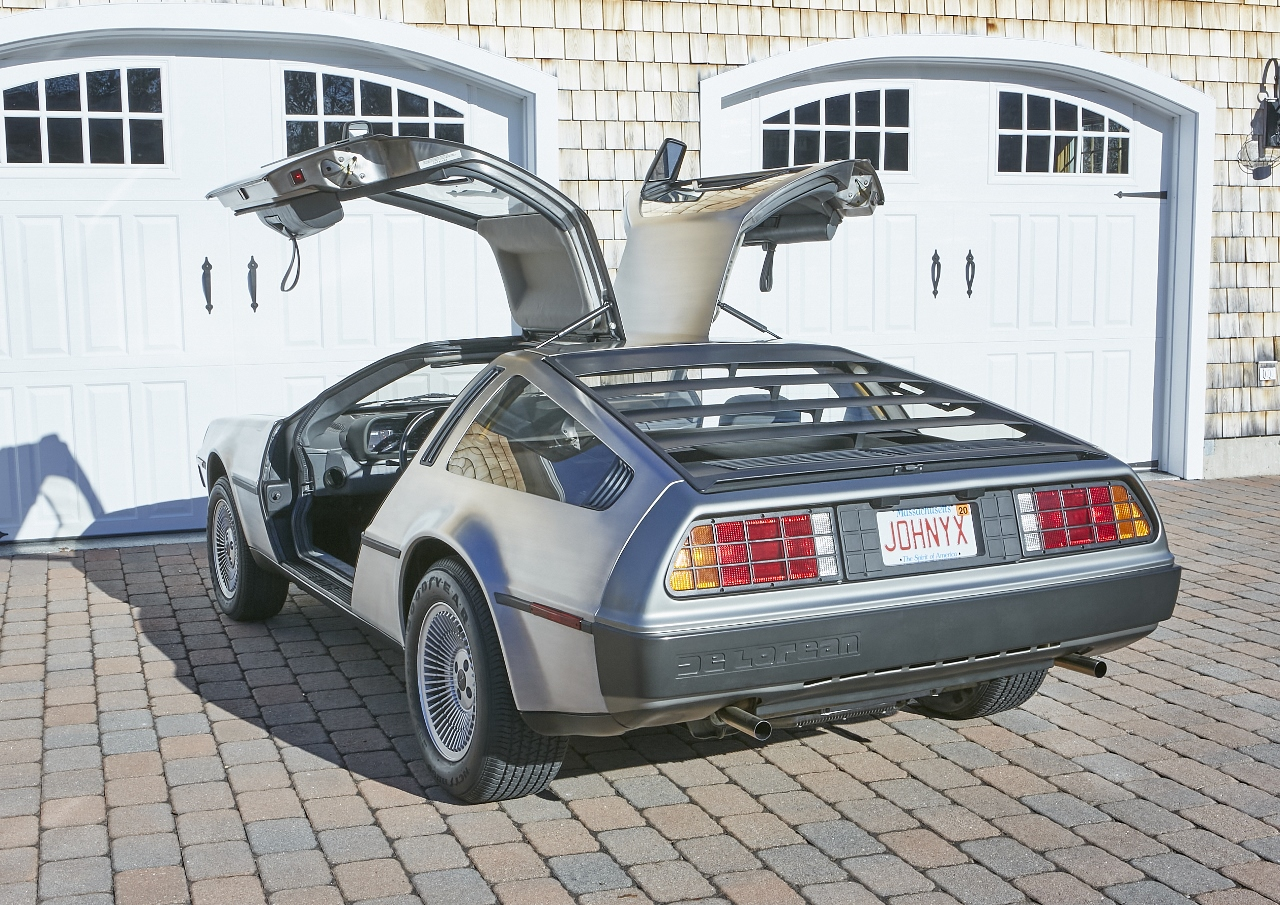 1981 DeLorean DMC-12 5-Speed rear three-quarter doors up