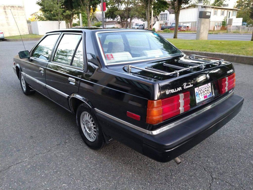 1986 Hyundai Stellar Executive rear three-quarter