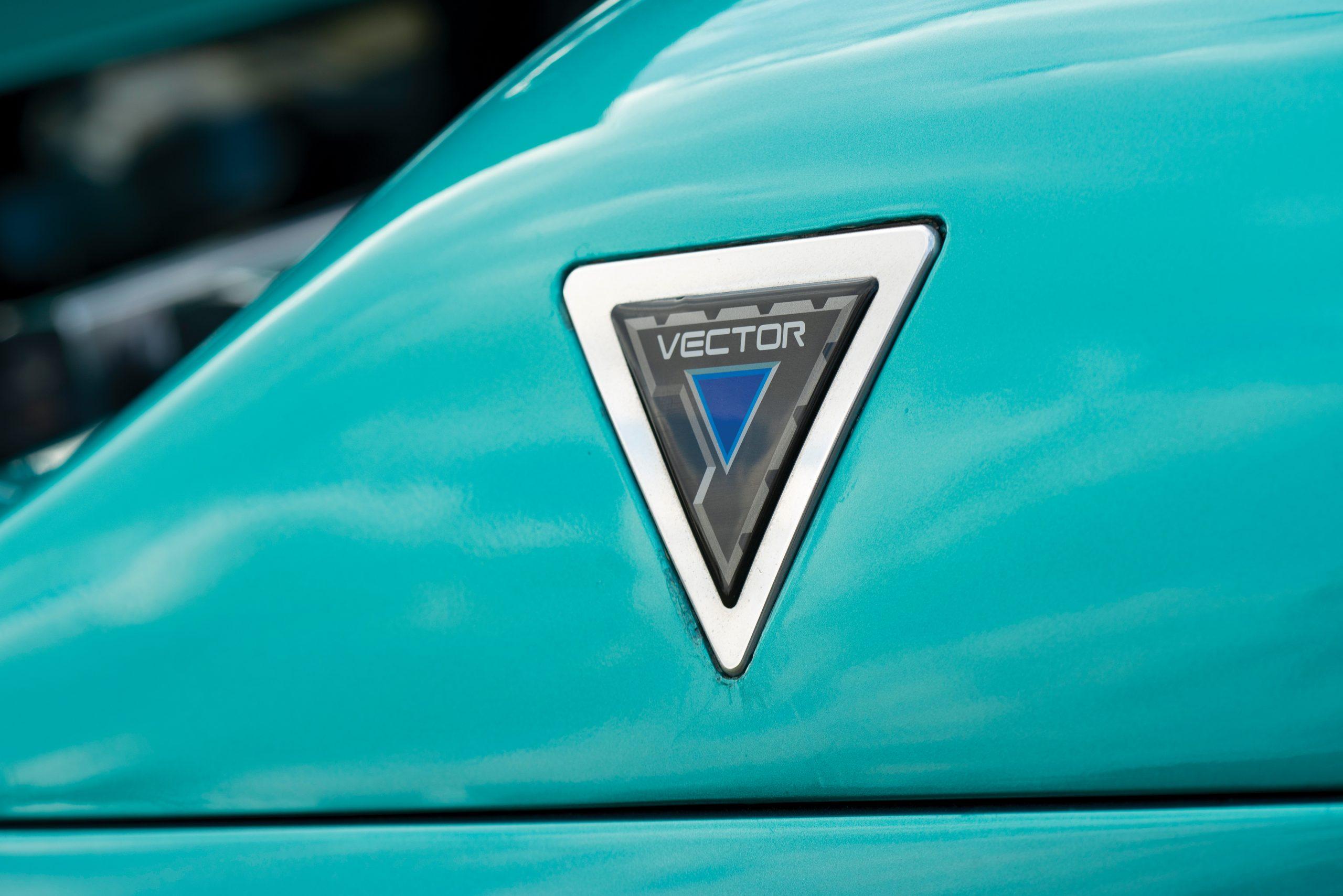 1993 Vector Avtech WX Prototype emblem