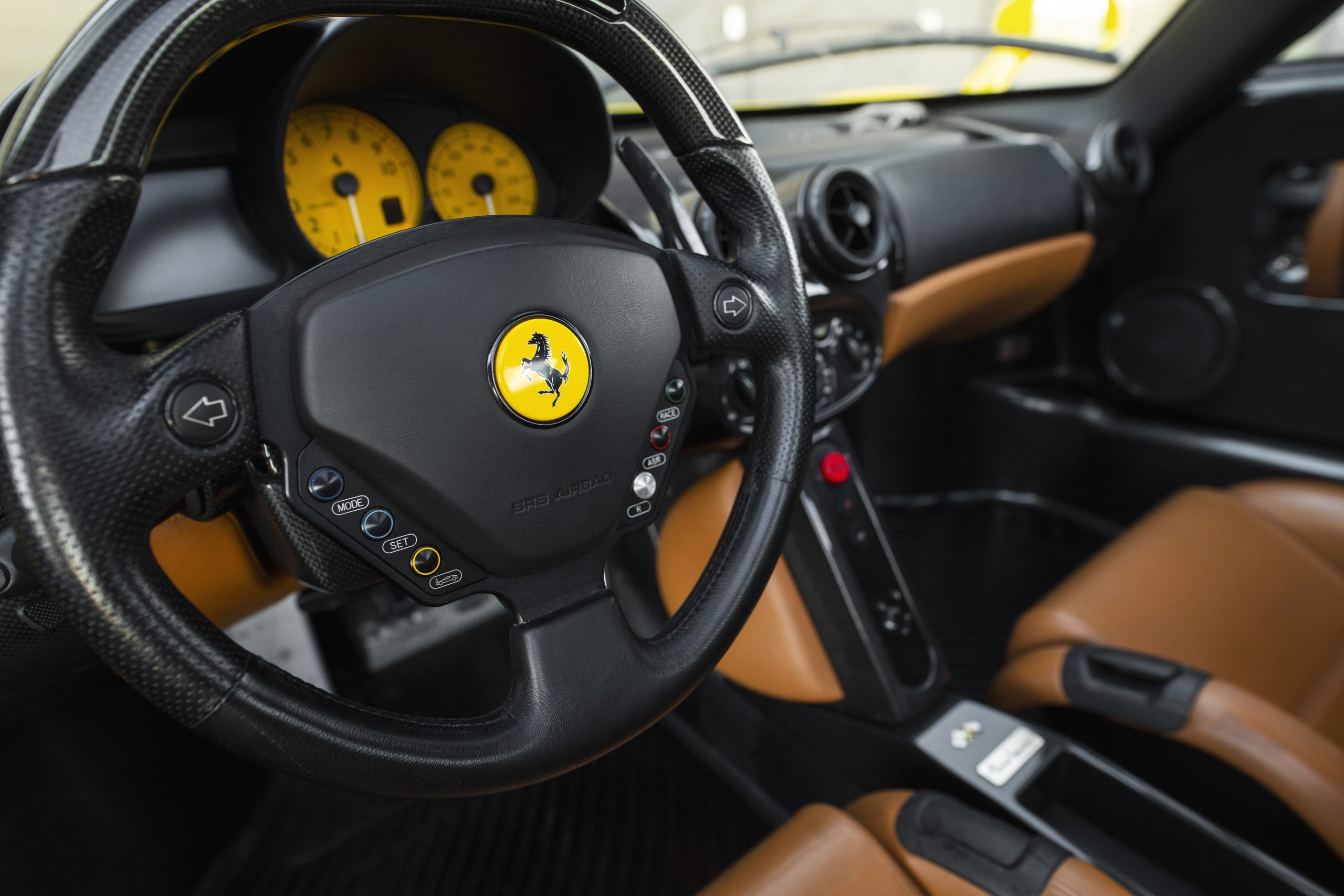 Ferrari Enzo interior steering wheel
