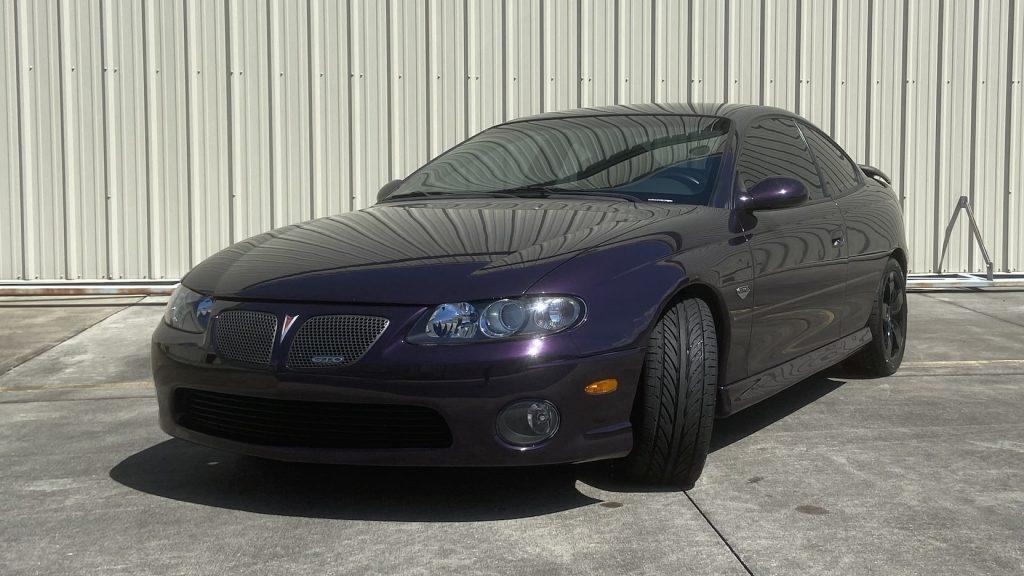 2004 Pontiac GTO front three-quarter